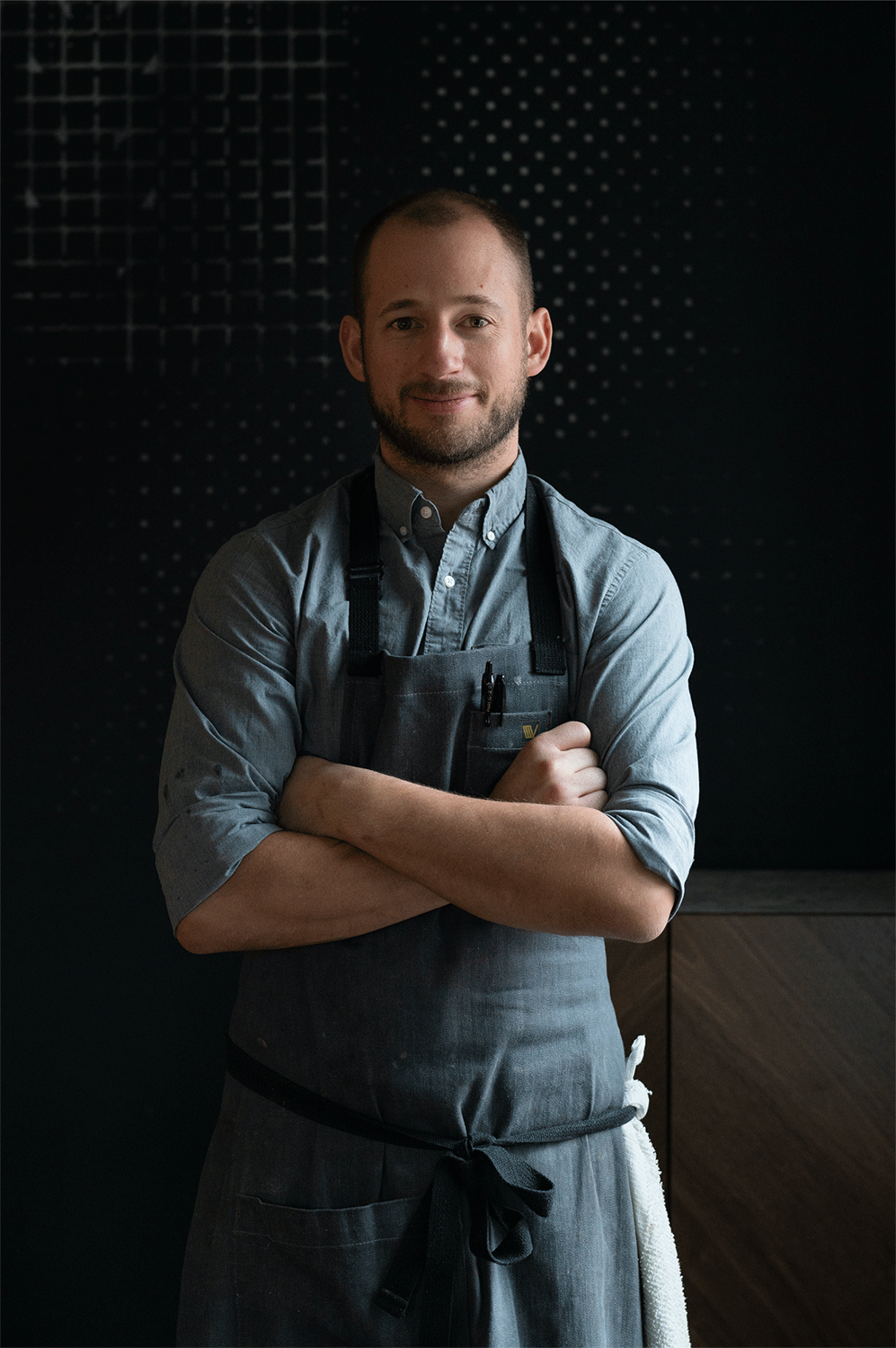 Duncan Holmes - EXECUTIVE CHEFWhen it comes to pushing the boundaries of food, Duncan, executive chef, has always cut against the grain. From his career beginnings in the Napa Valley, to time spent in Scandinavia, he has used these experiences to create food that's genuine and inspired. Recently, he led the team at sister restaurant, Call, to a recognition as one of Bon Appetit Hot 10 New Restaurants in America. Before that, he served as the Culinary Director at Frasca Food and Wine in Boulder, Colorado. With connections to Colorado, it's no surprise that his latest evolution takes place at the center of Denver's exploding food scene.