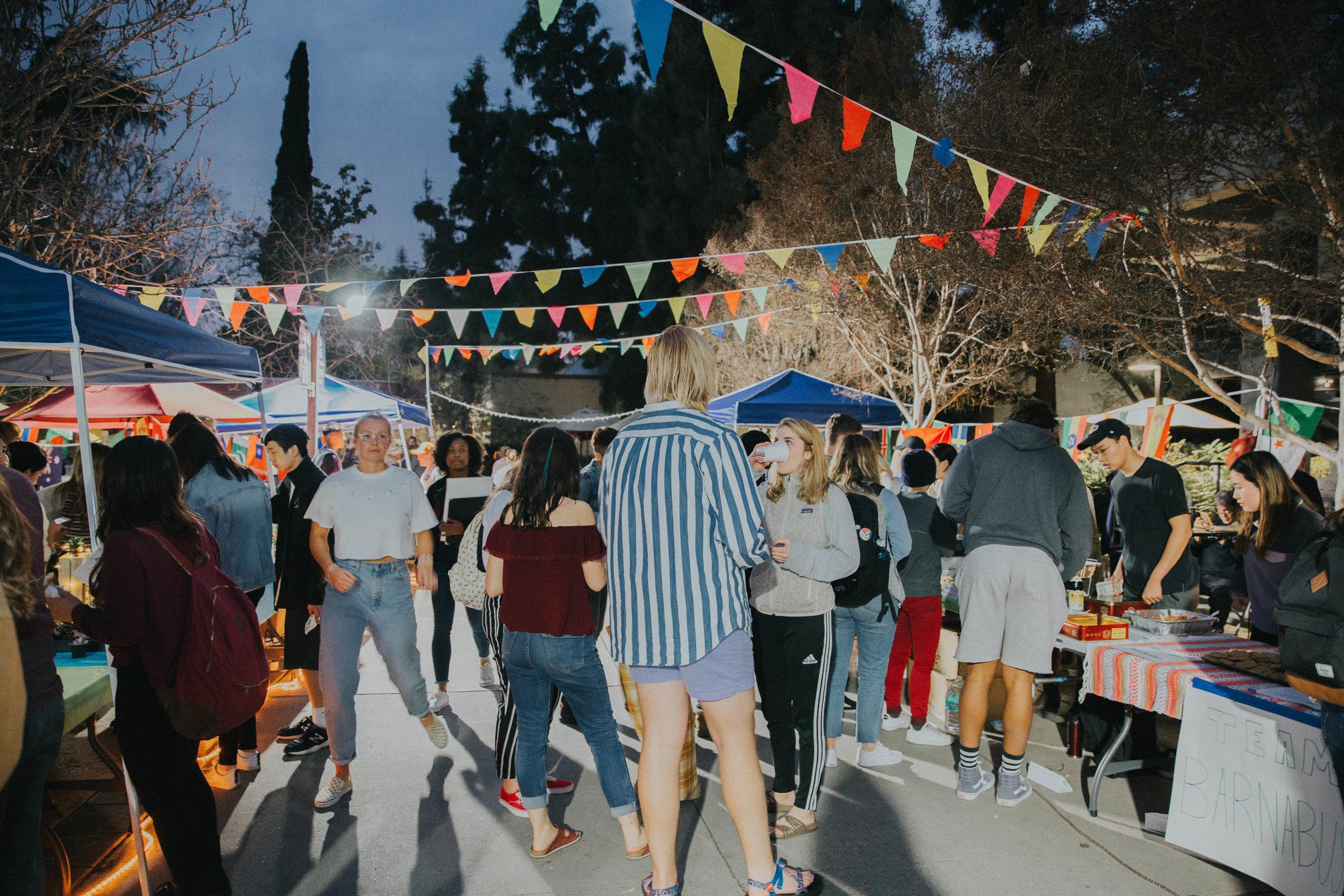 Night market 2019 -