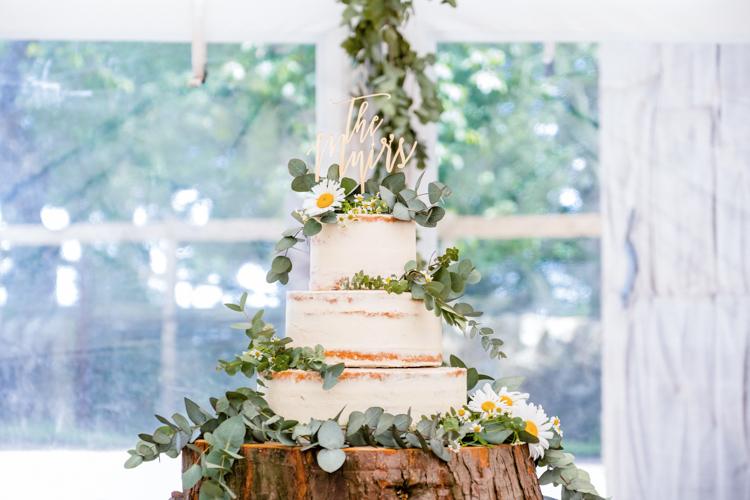 Rustic-Barn-Wedding-The-Cow-Shed-Crail_064.jpg