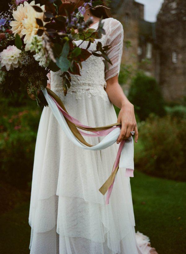 Romantic-and-Regal-Scottish-Wedding-Inspiration-at-Kellie-Castle-Archetype-Studio-47-600x819.jpg