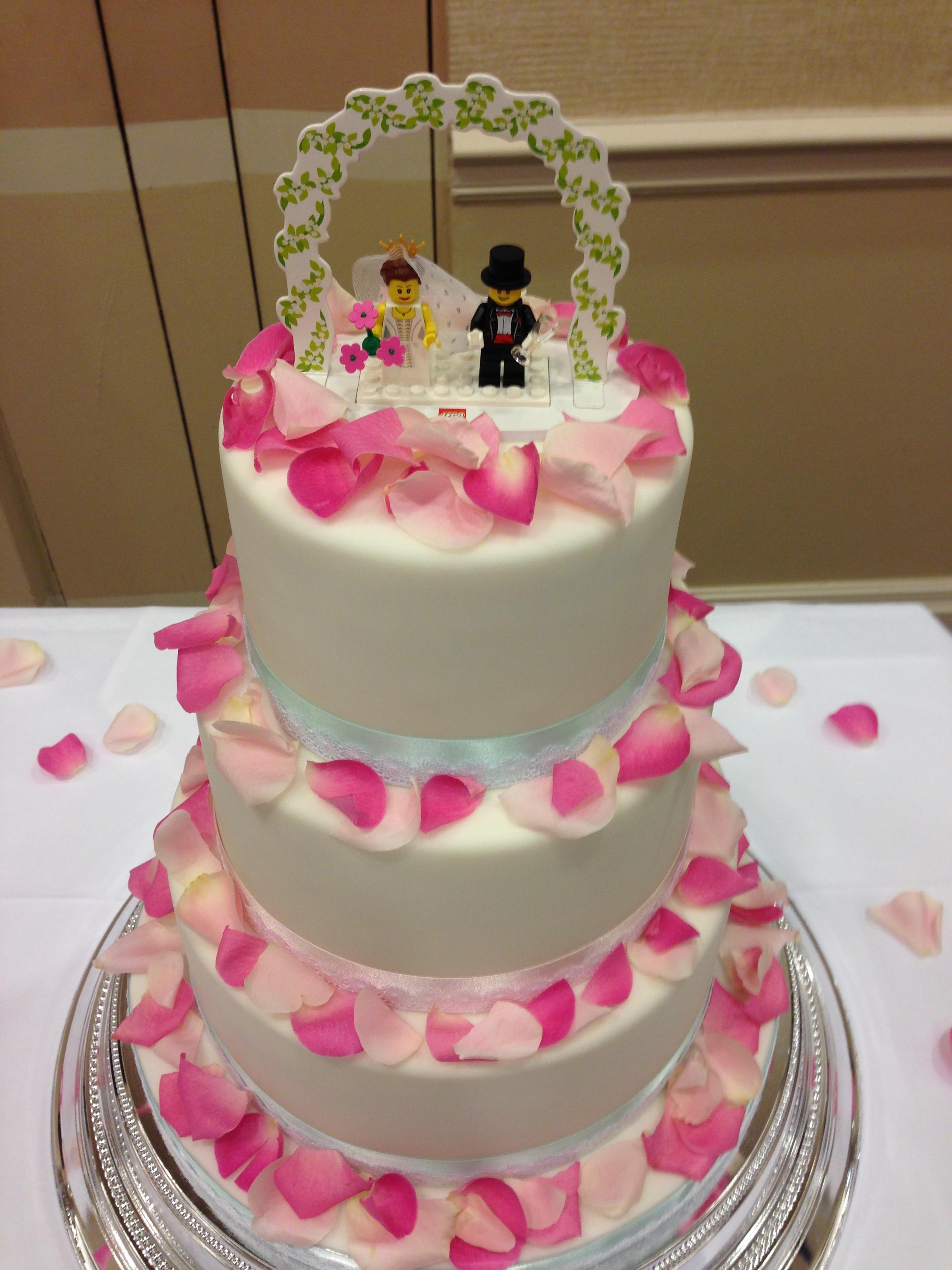 Loren Brand Cakes