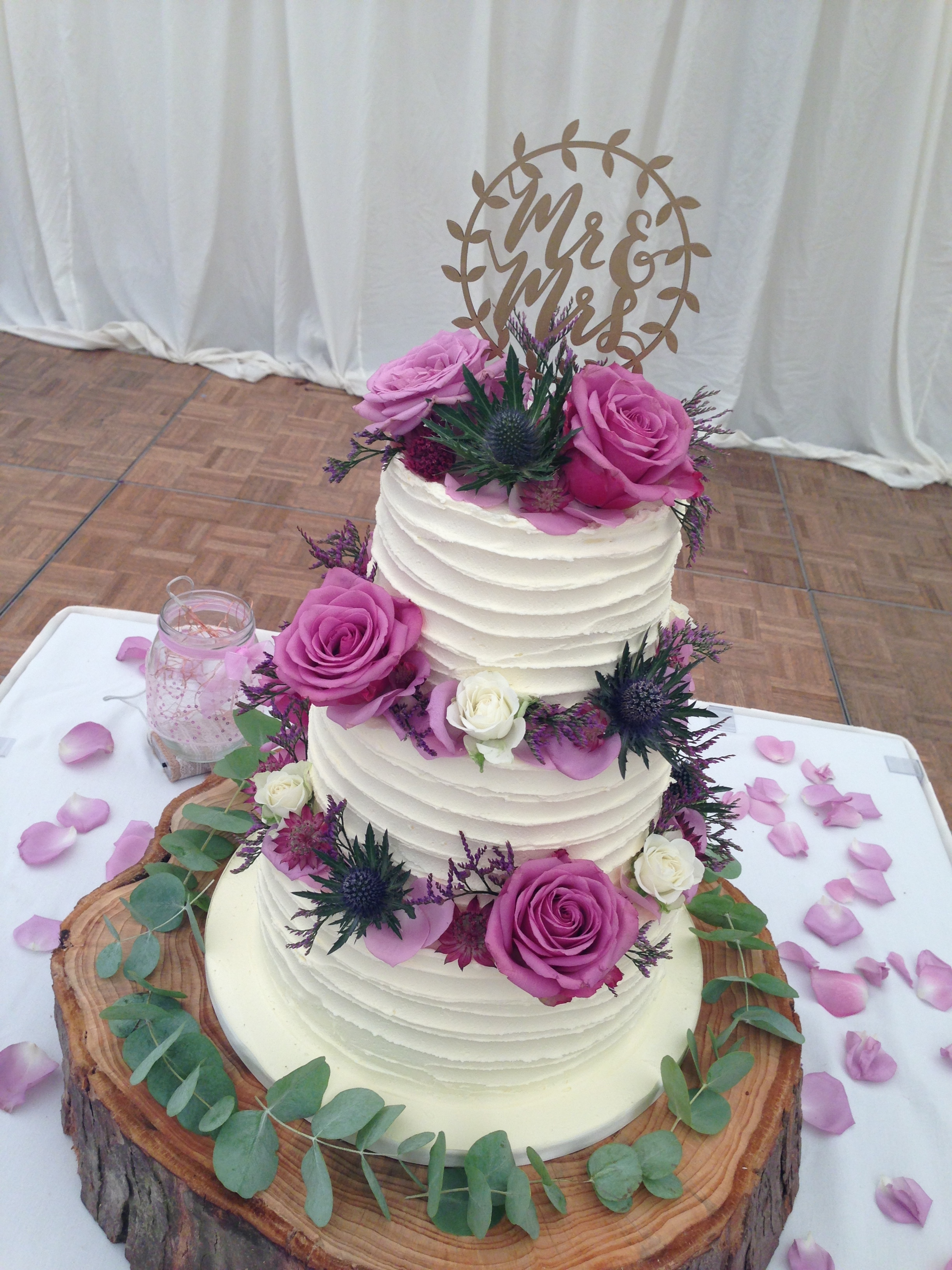 Buttercream wedding cake. Loren Brand Cakes.