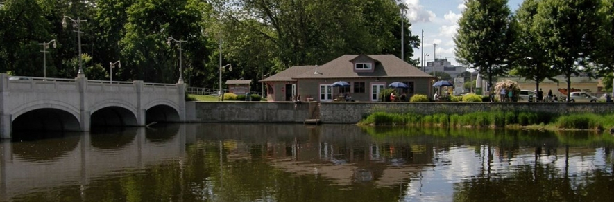 Speed River and the Boathouse in Guelph.jpg