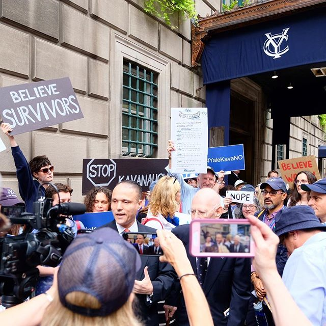 Proud of my fellow Yale alums who came out during their lunch hour to protest Kavanaugh. The press conference, lonely counter-protestors (how could they?), and the wrap up. #stopkavanaugh #kavanope #yalekavano