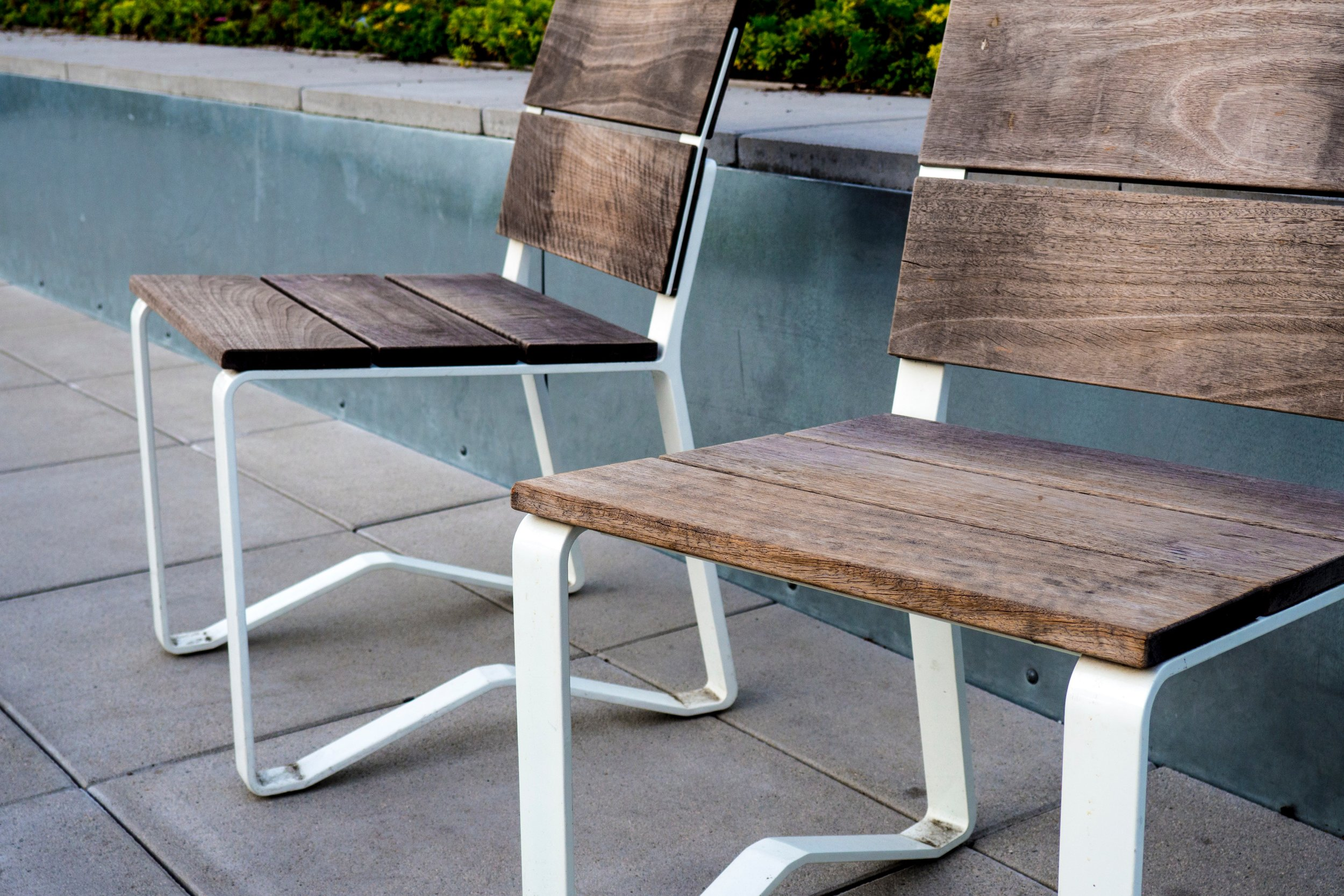 chairs-furniture-seat-226378.jpg