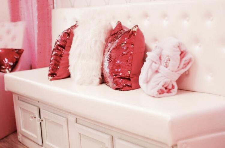 Pretty Pink Party Pillows.JPG