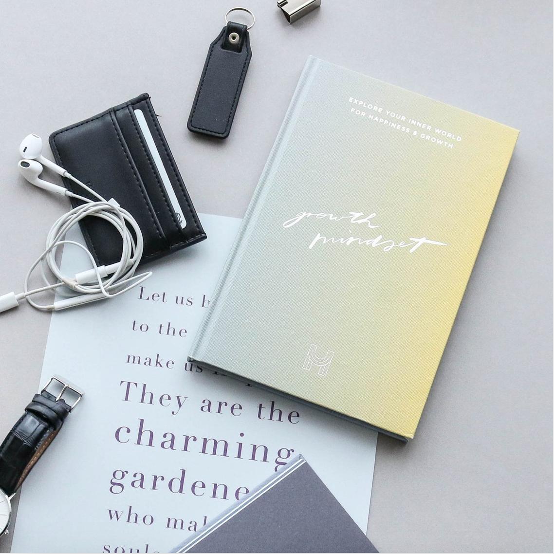 Growth Mindset Journal - EXPLORE YOUR INNER WORLD