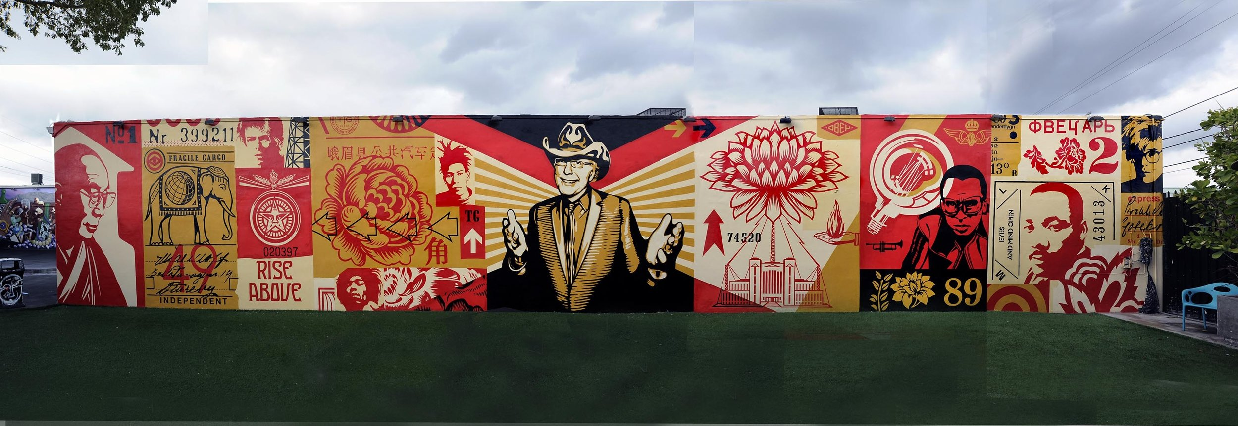 MURAL BY SHEPARD FAIREY INSIDE THE WYNWOOD WALLS
