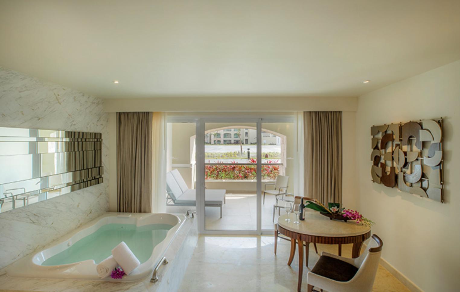 Grand Deluxe Room Resort View