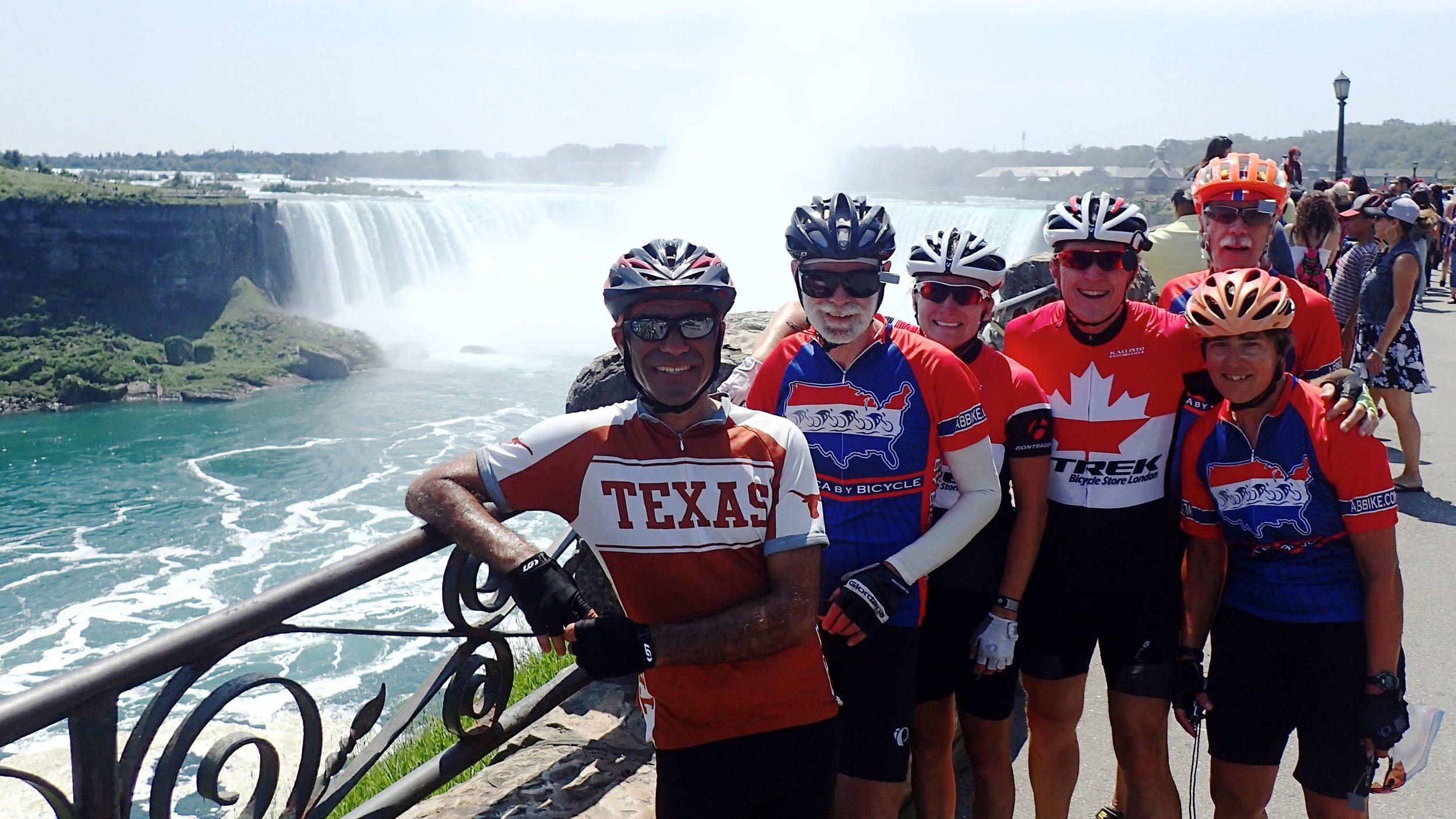 42_Niagara Falls_12.jpg
