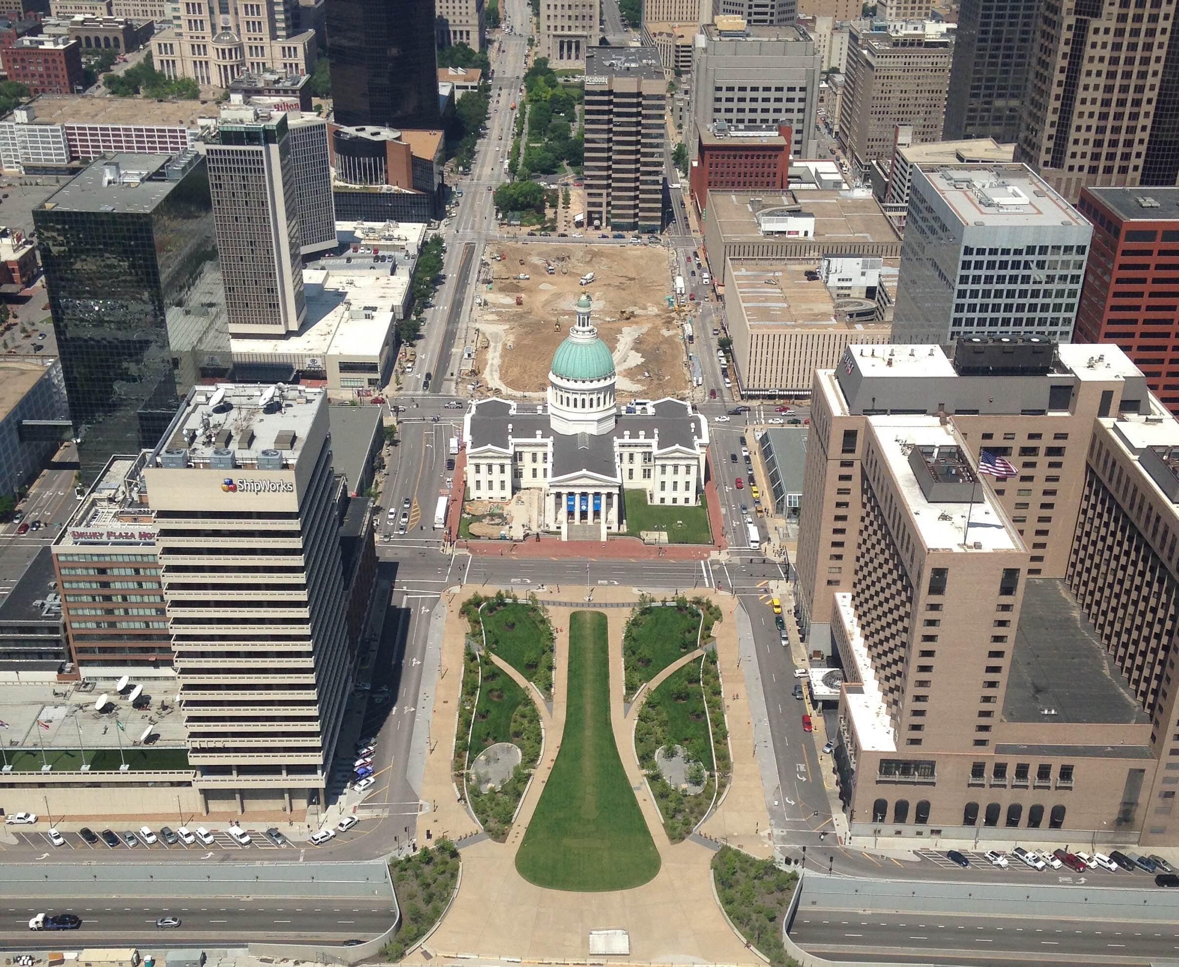 15 St Louis 01.jpeg