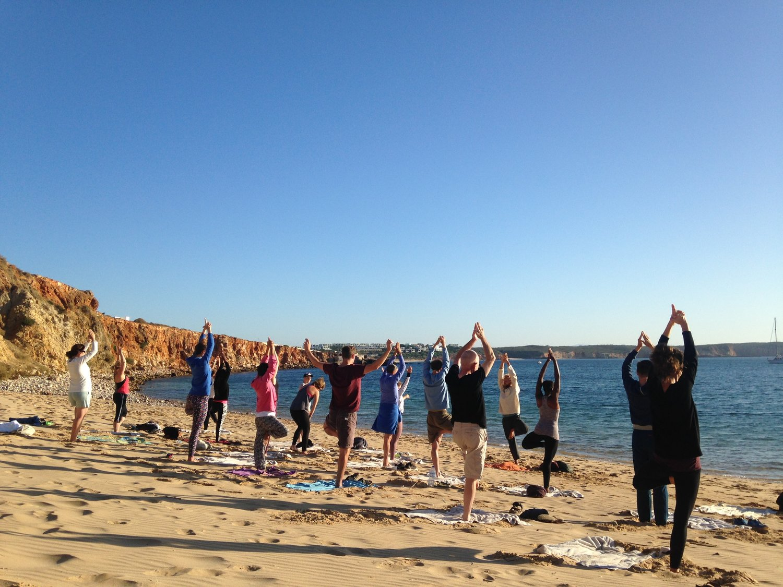 beach yoga algarve.JPG