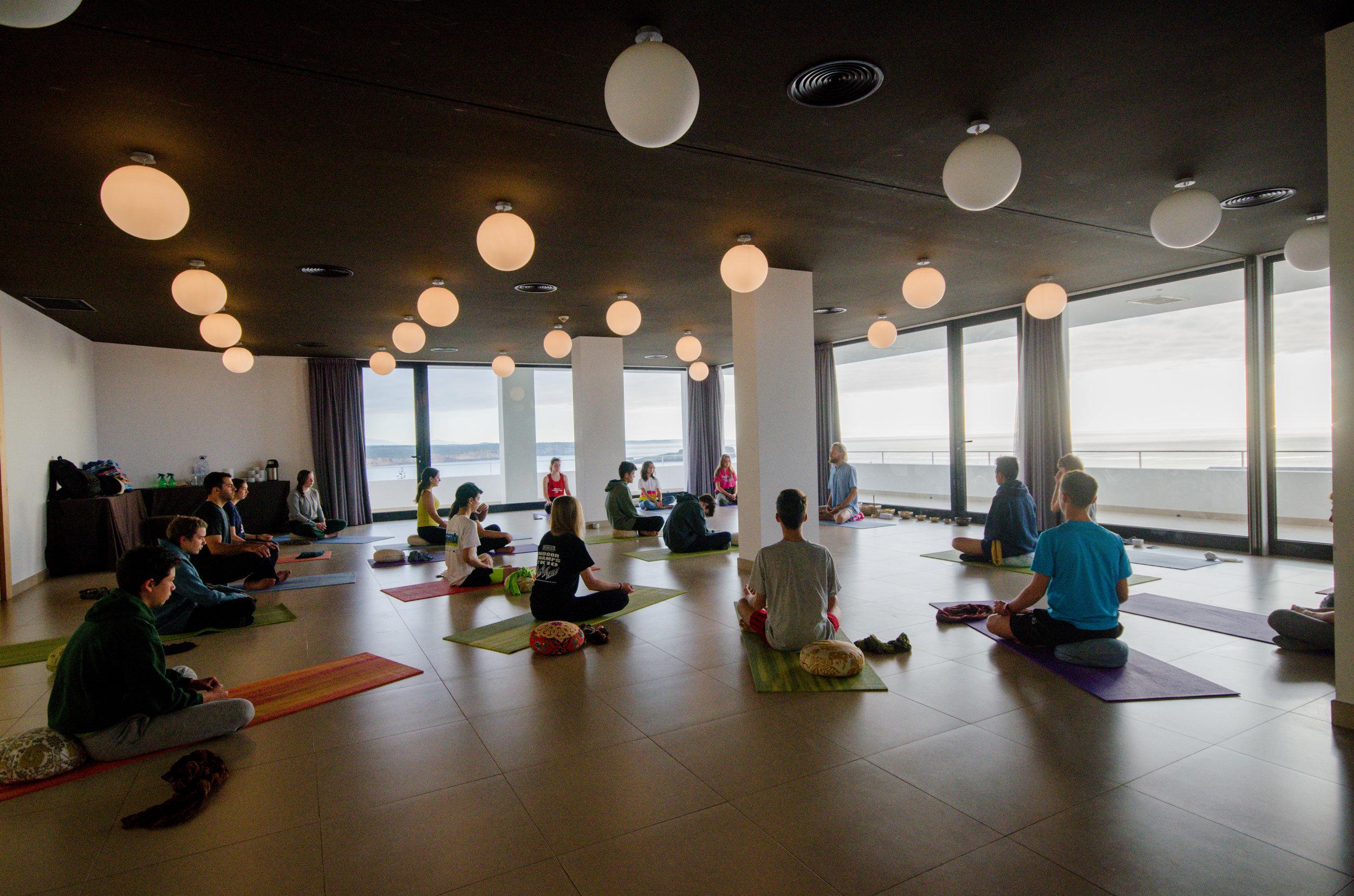 memmo baleeira yoga full view.jpg