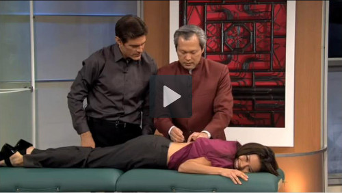 Dr. Mao Shing Ni treats a guest for back pain on The Dr. Oz Show