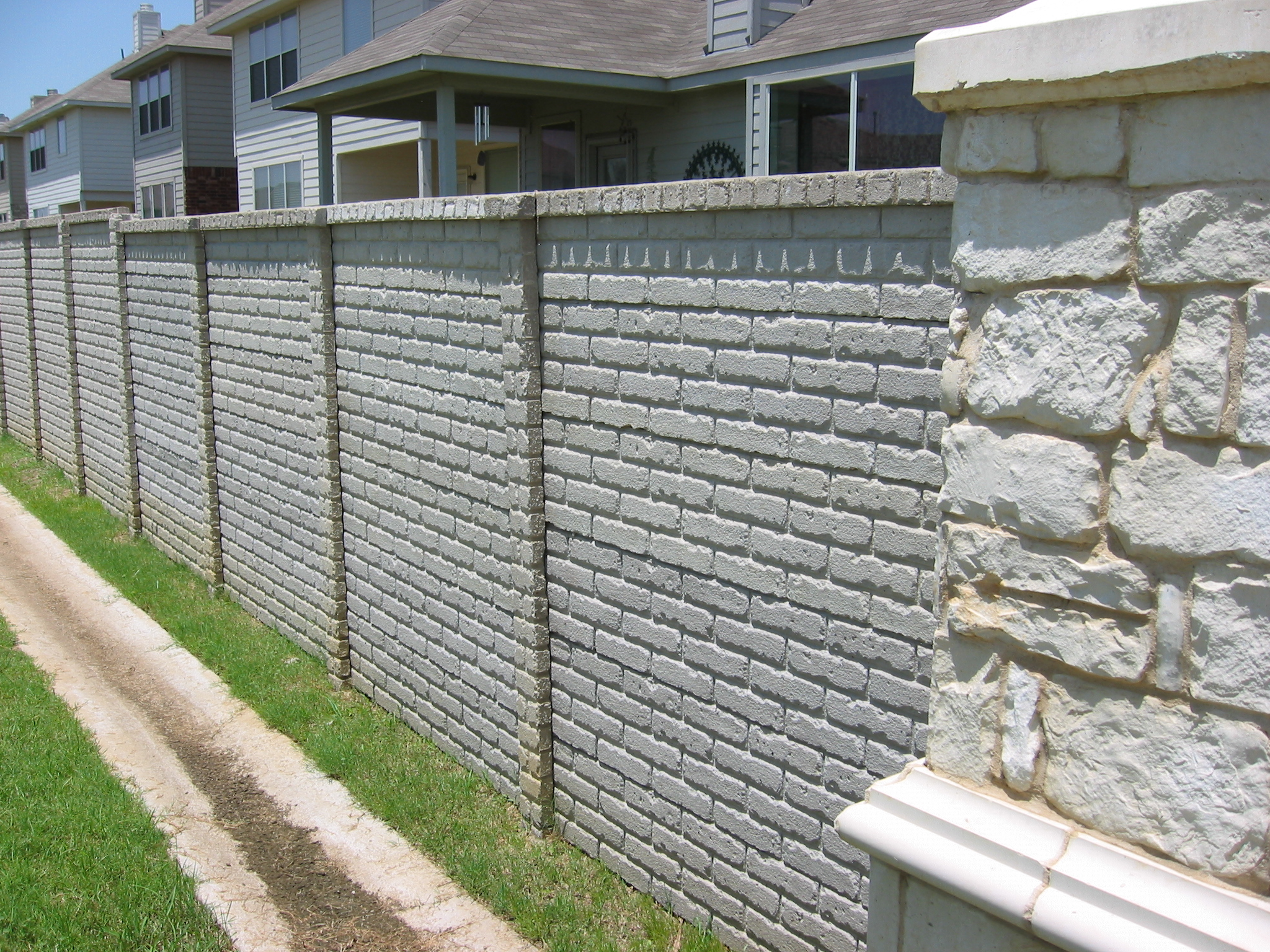 OldBrick Precast Fence 3