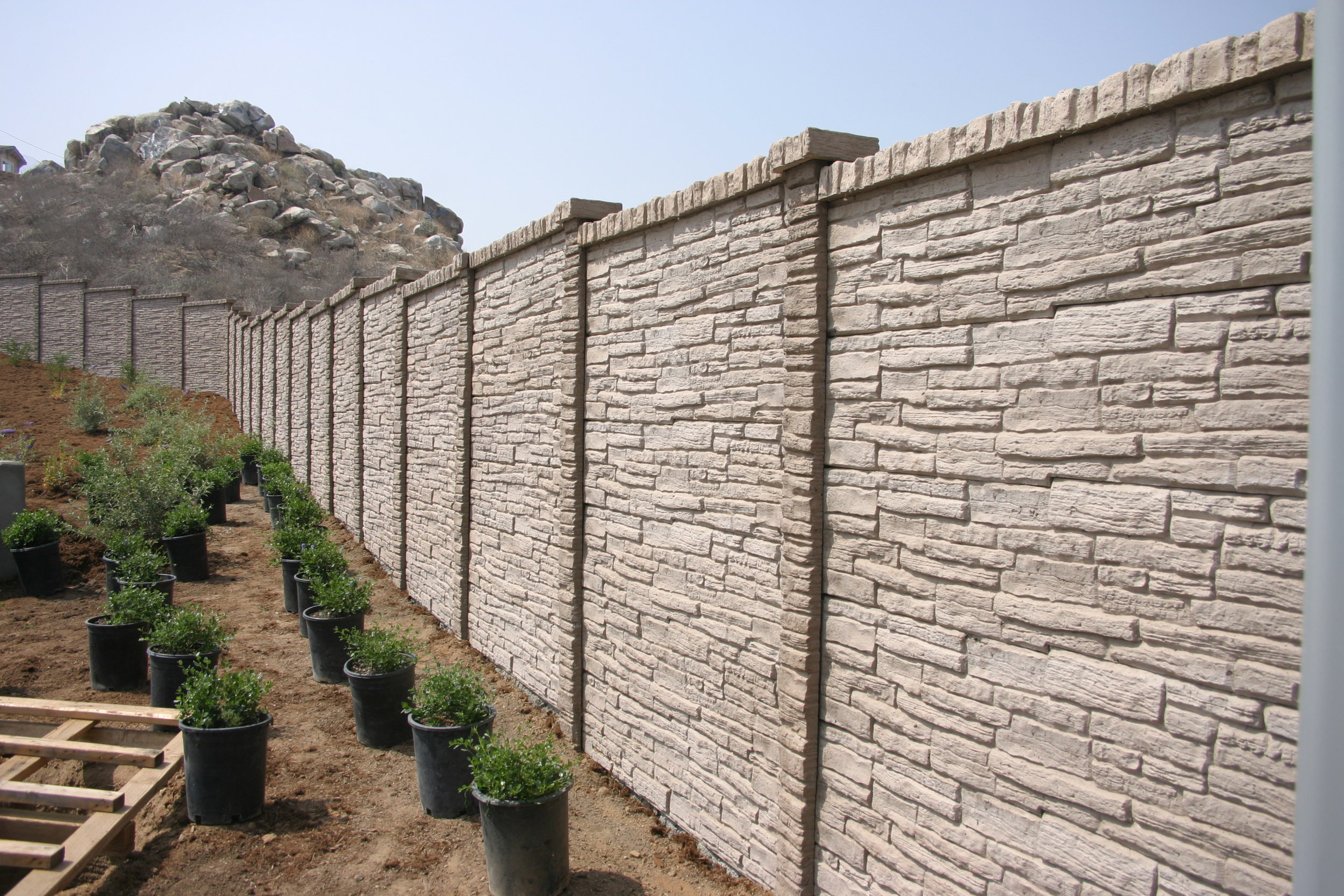 StackedStone Precast Fence Fort Worth, TX.JPG
