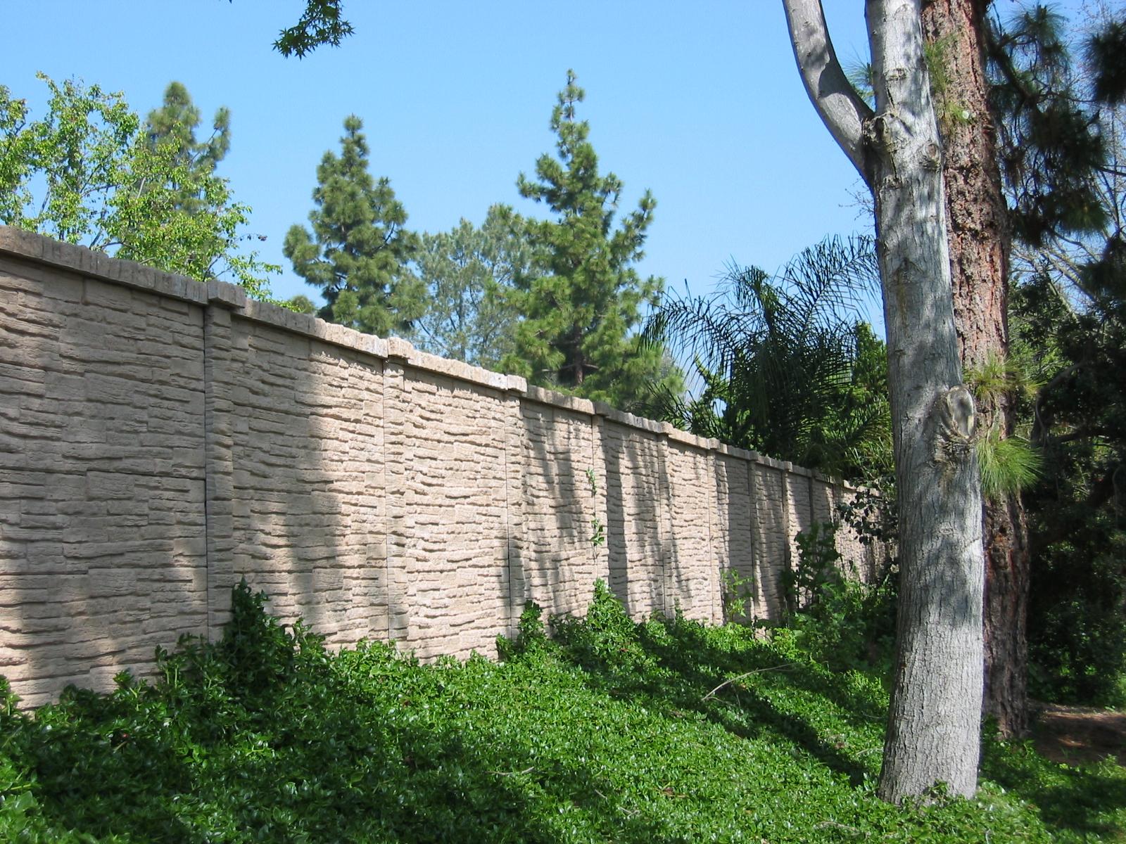 StackedStone Precast Fence Austin, TX.JPG
