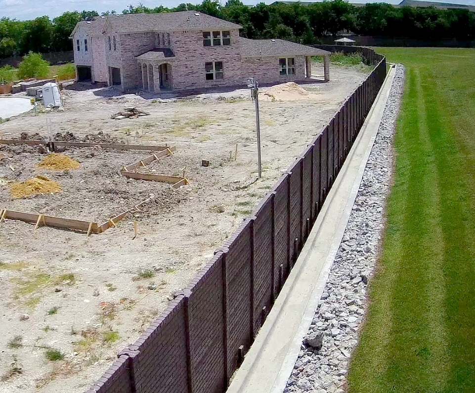 Precast Concrete Fence DFW OldBrick.png
