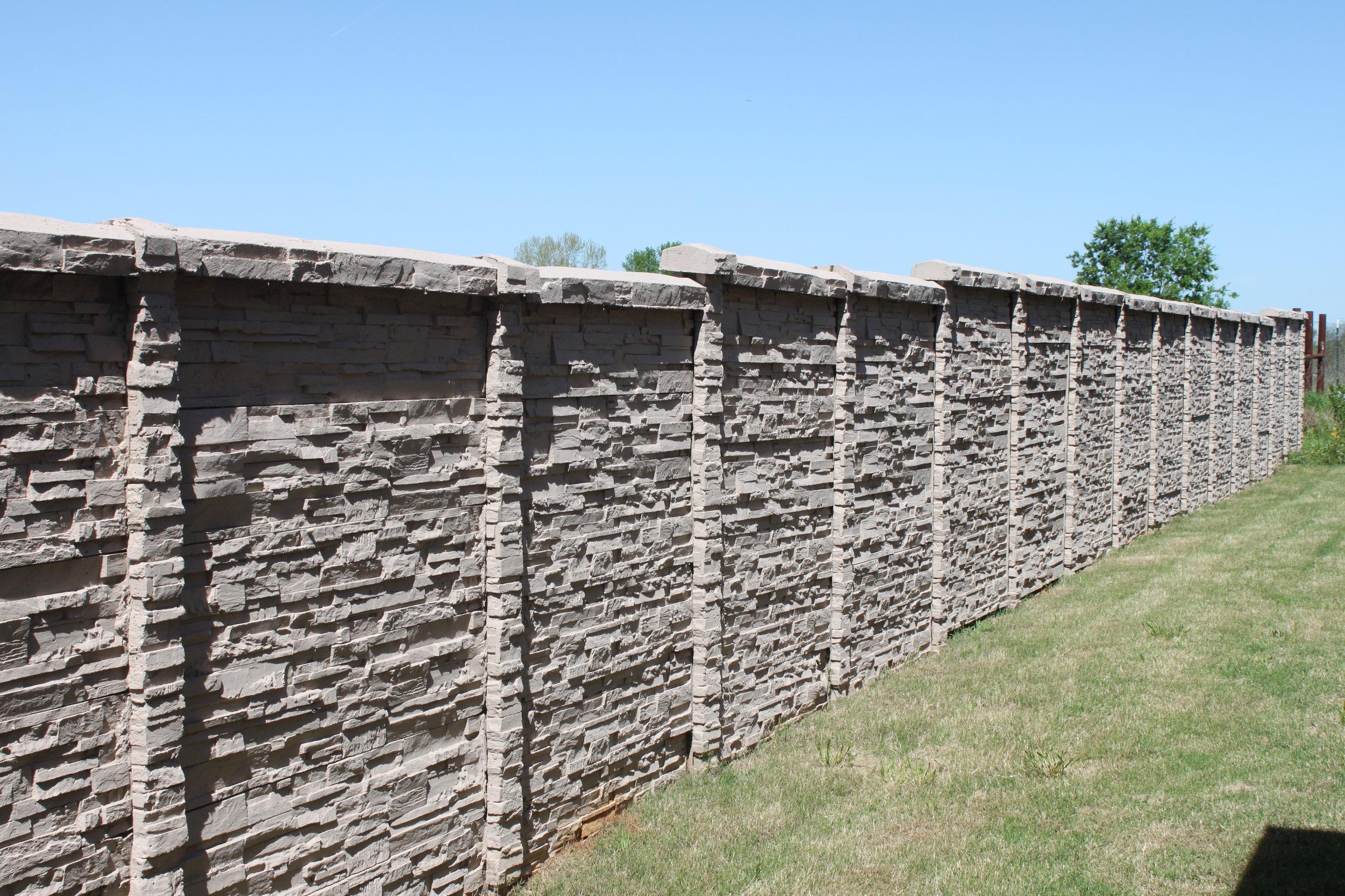 ChiselStone Concrete Screening Wall.JPG