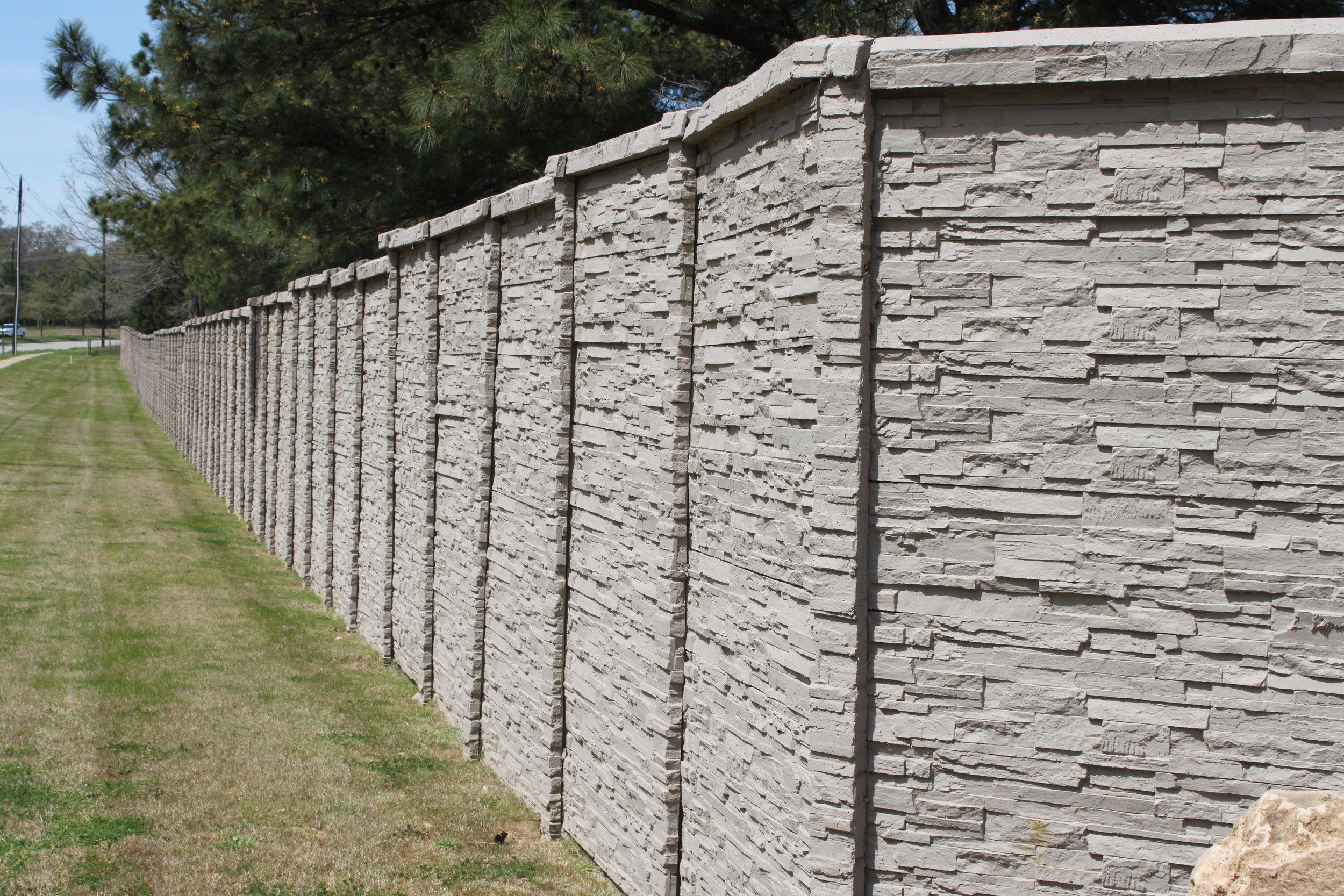 ChiselStone Concrete Fence East Texas.JPG