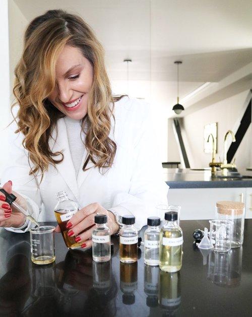 Molly Blending Fragrance.jpg