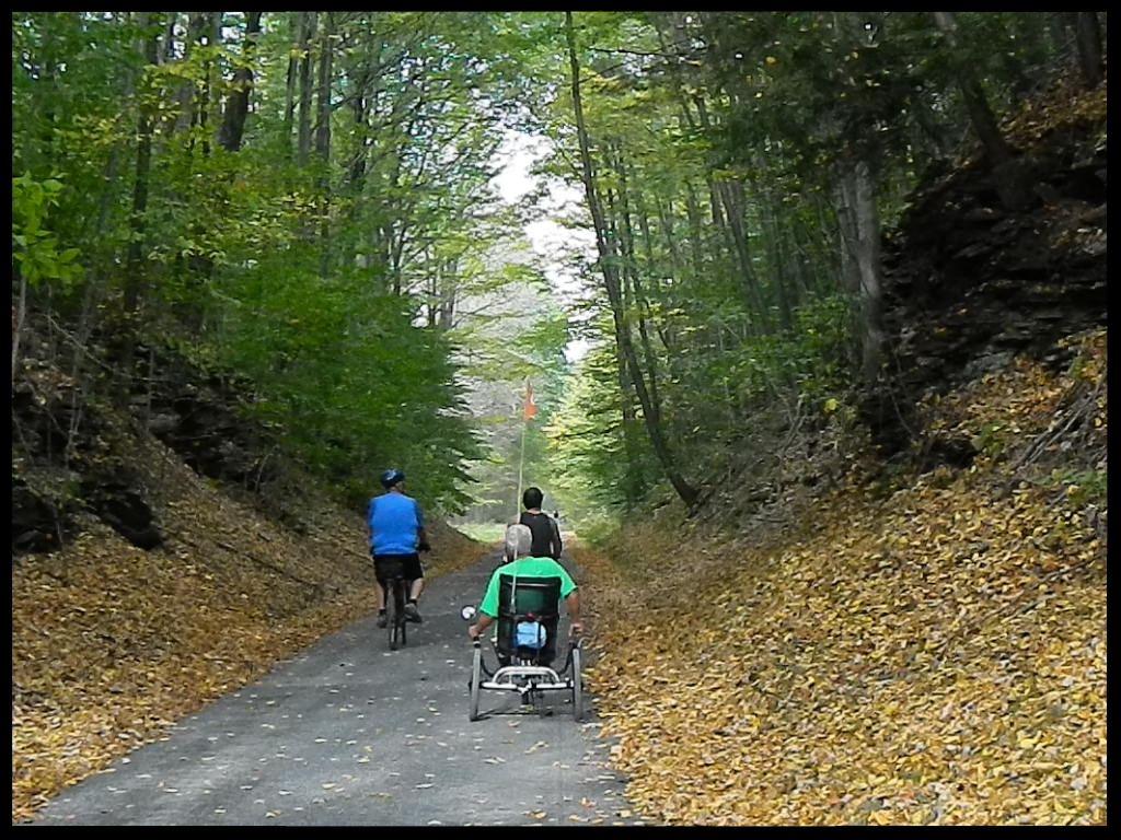 3 cyclist on trail 2.JPG