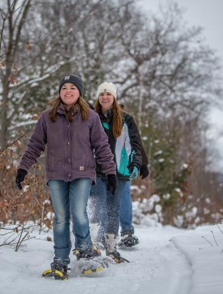 snowshoeing (2).jpg