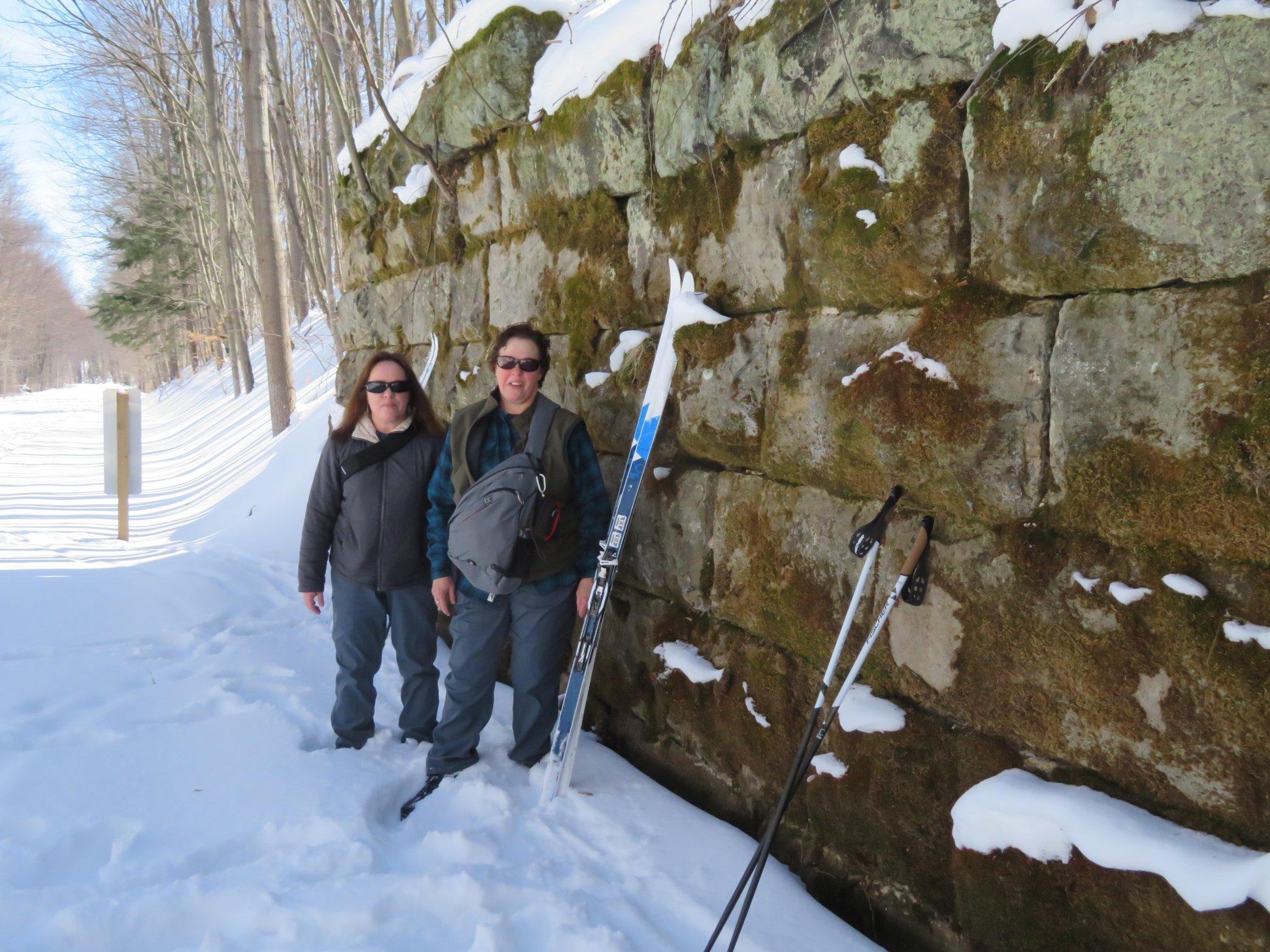 skiiers by the wall.jpg