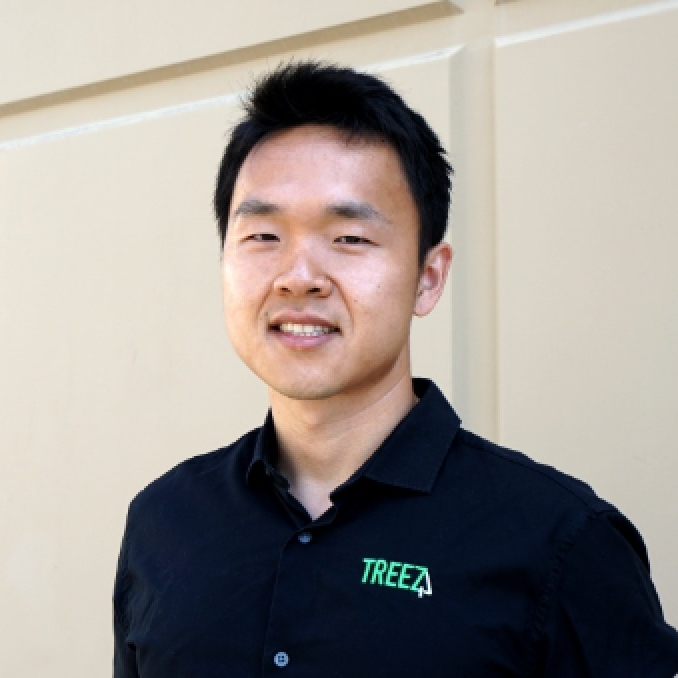 JOHN YANG, CEO - 15 years experience in enterprise software development and B2B business with leading Fortune 500 companies through Accenture.