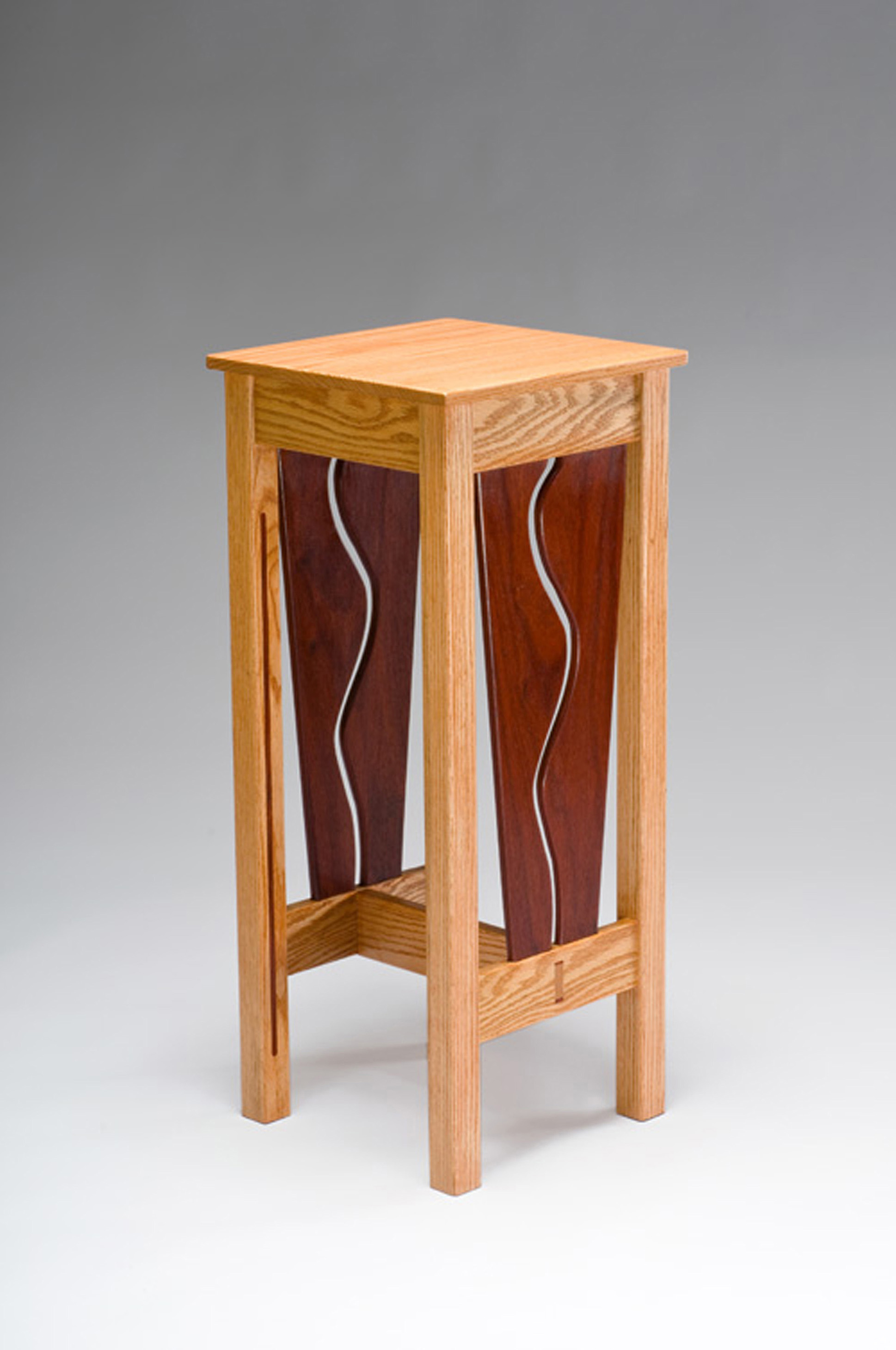 END TABLES & PEDESTALS