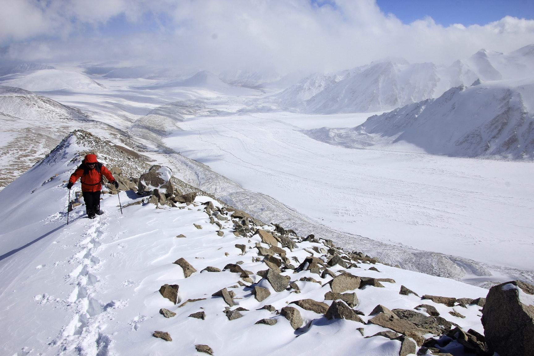 Summit ridge of Mount Malchin and the Potiamiin Glacier