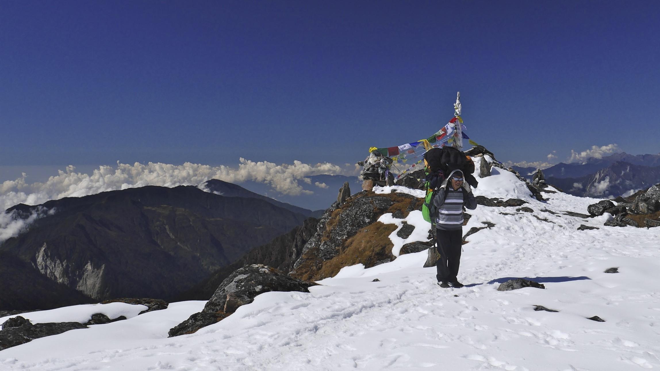 Sinjon La Pass 4.646m