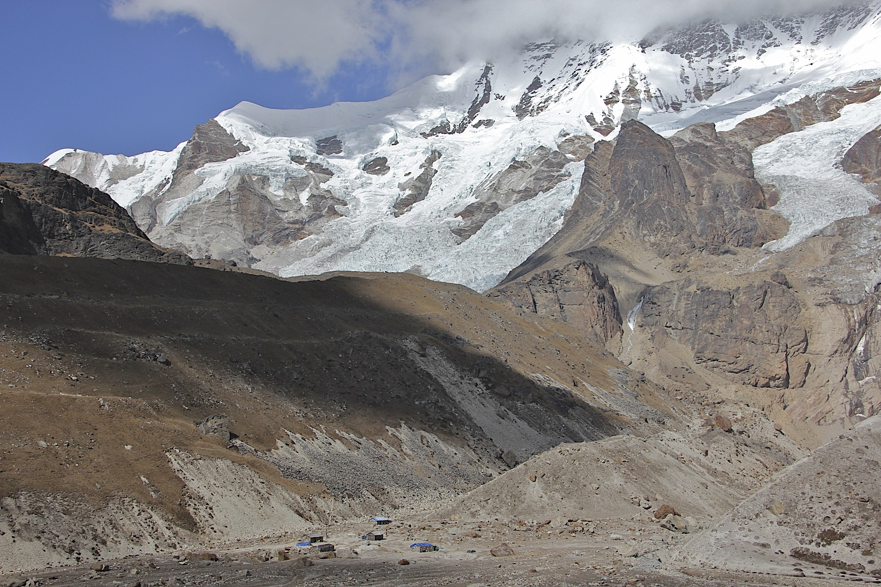 Makalu BC, the proper BC is further up the glacier