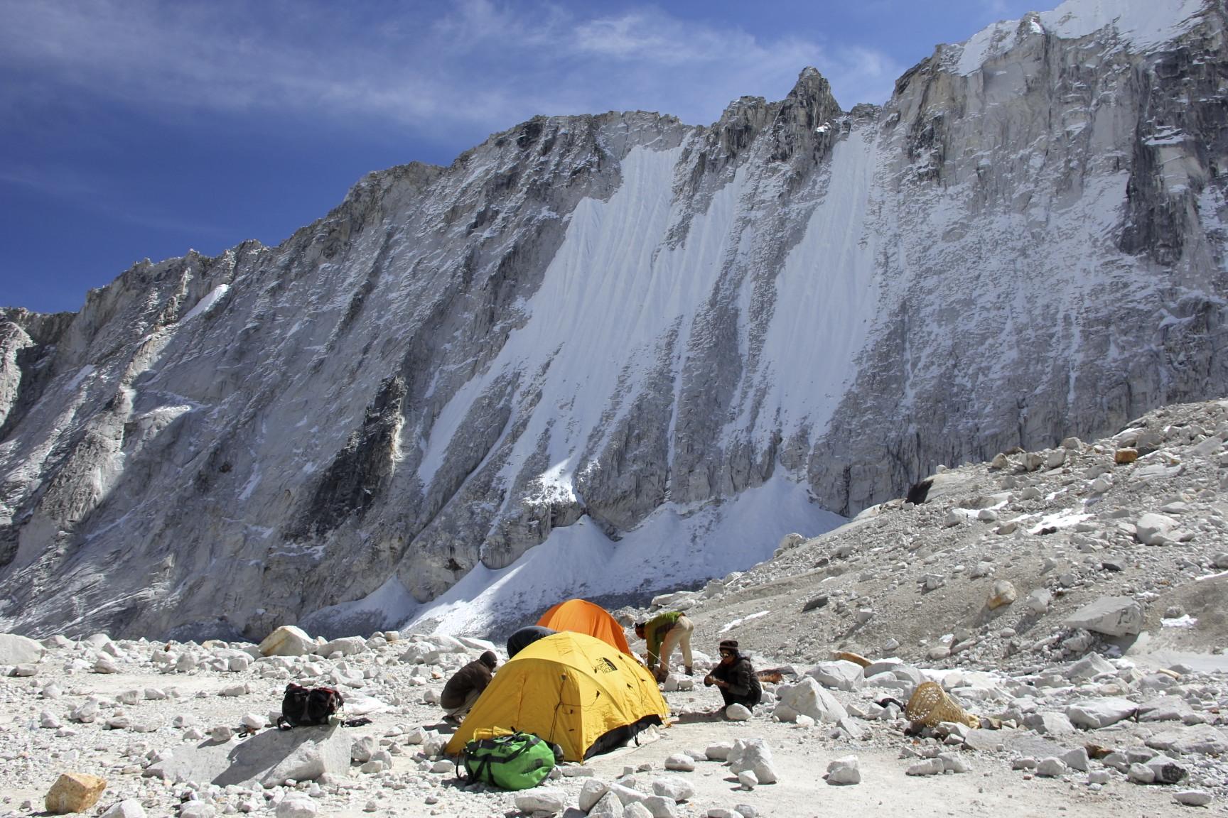 Sherpani Col BC