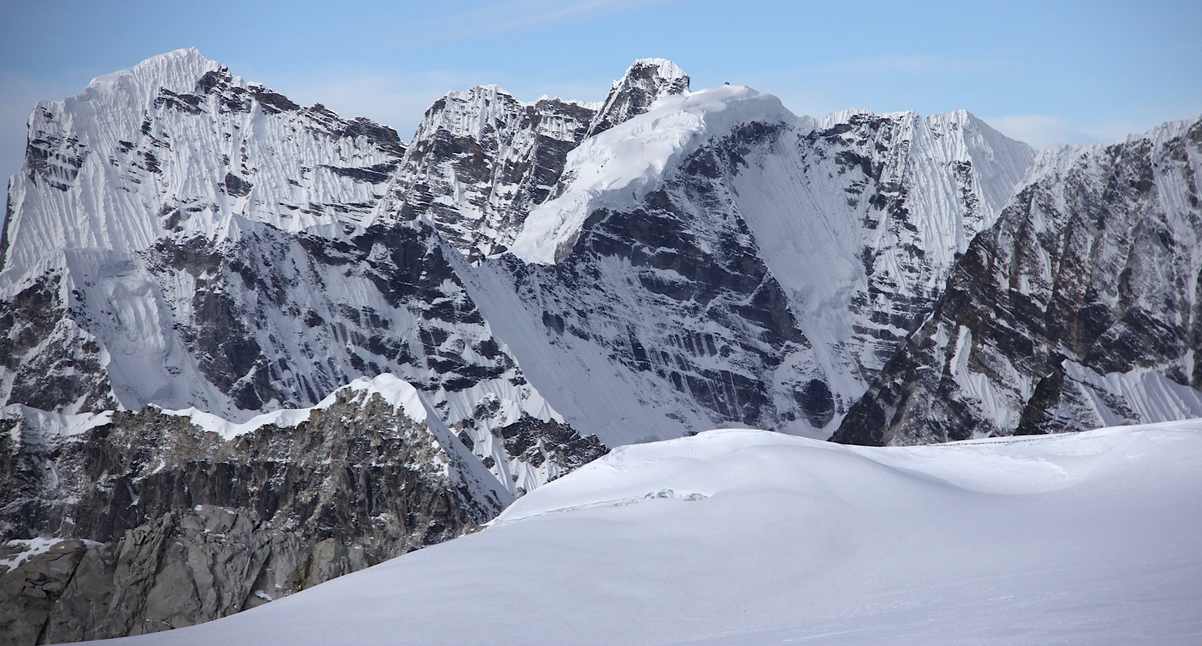 Peaks of the Khumbu from the Sherpani Col