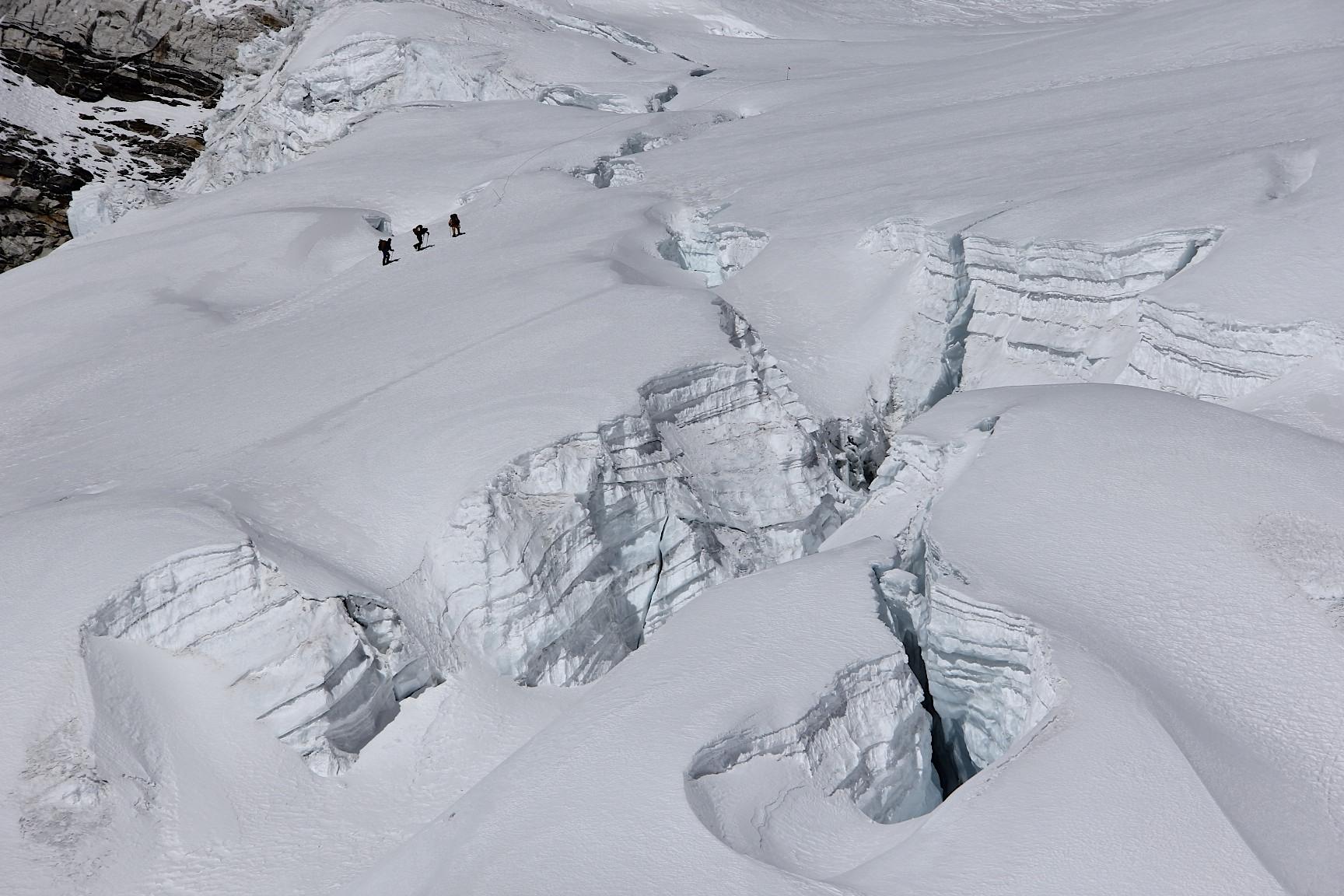 The icefall of Barnutse.