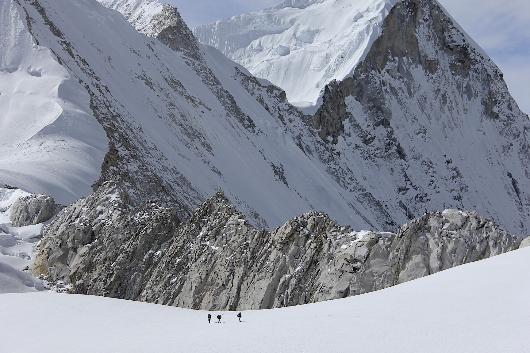 Approaching West Col