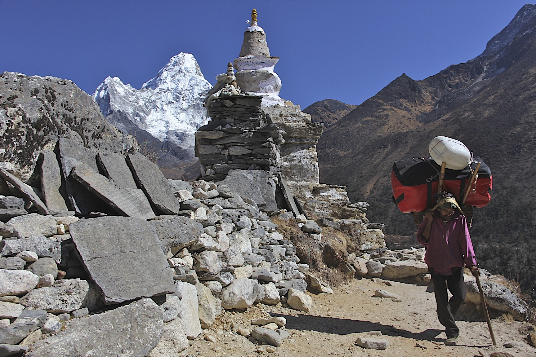 En route to Namche Bazar with Ama Dablam behind.
