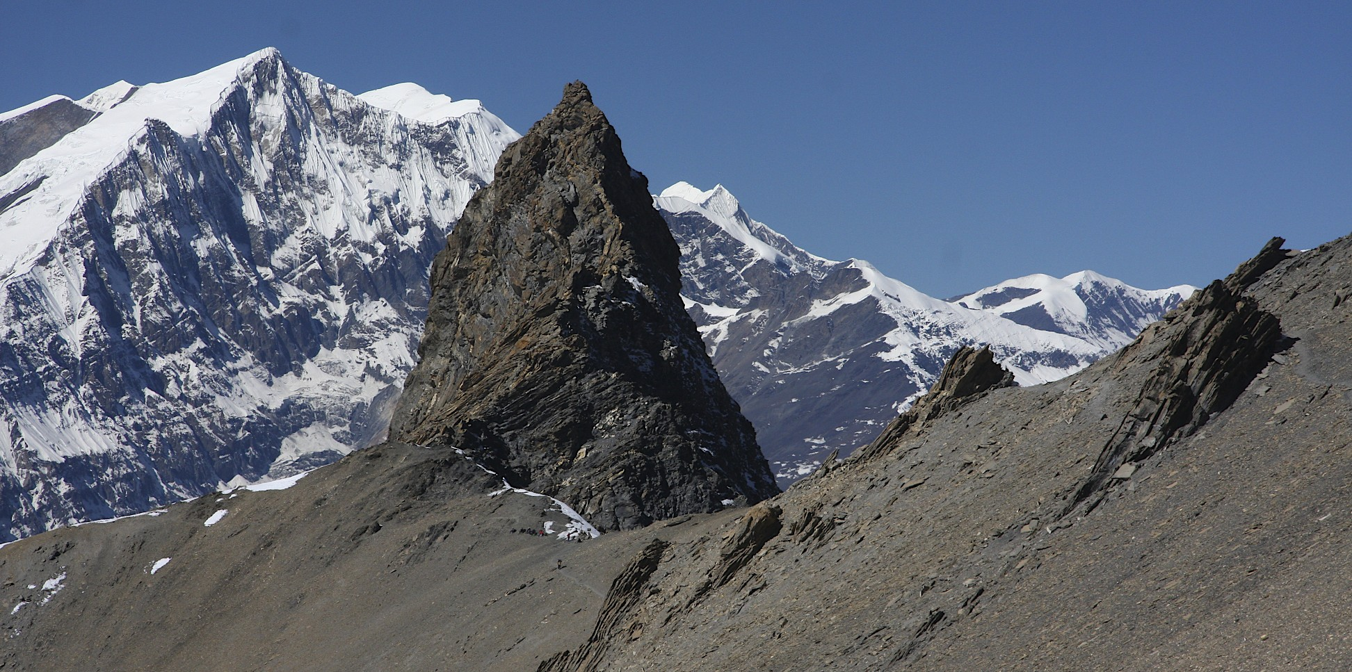 Mesocanto Pass and Tukche Peak behind