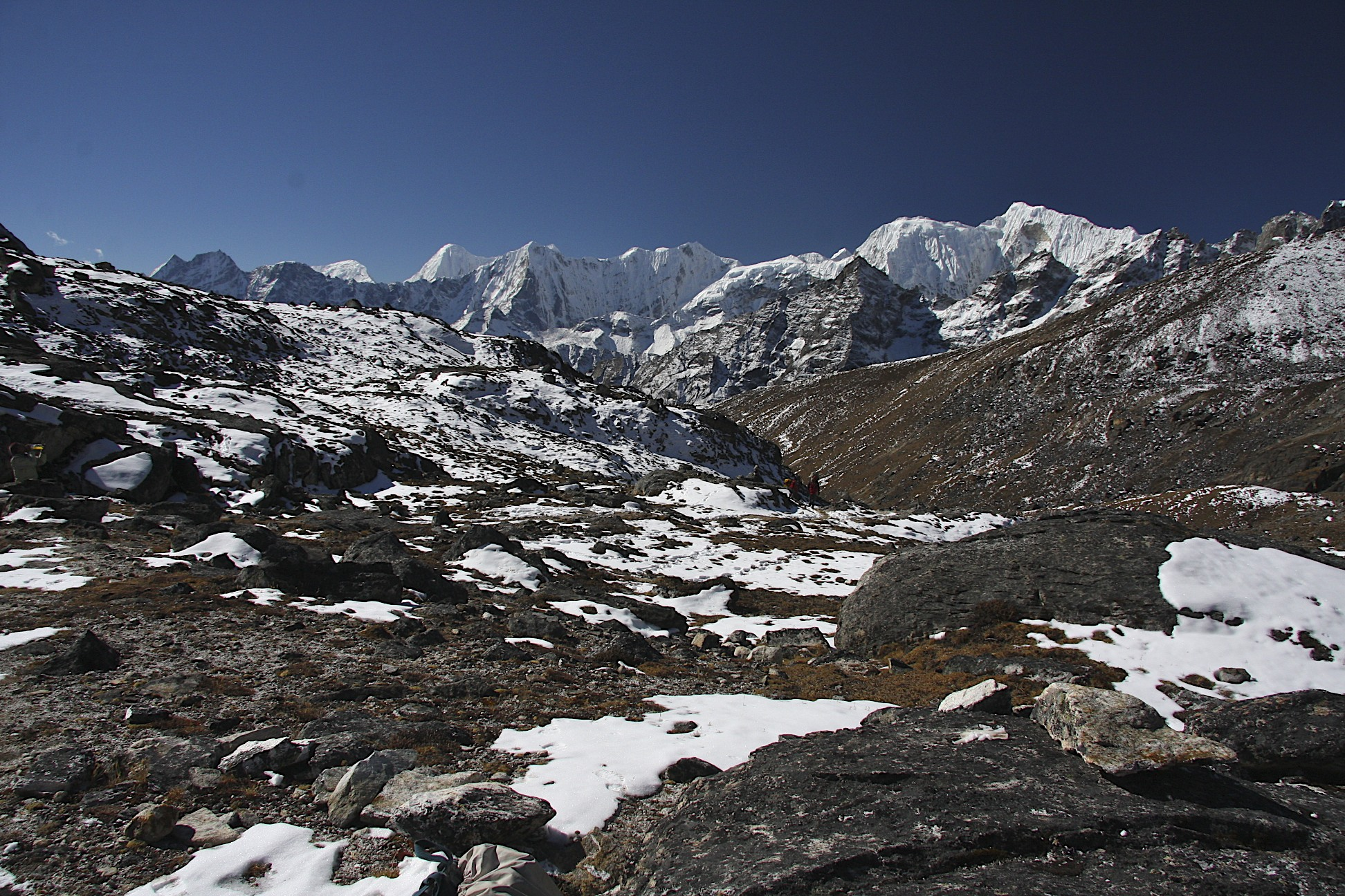 Ascending the Renjo La Pass from the west.