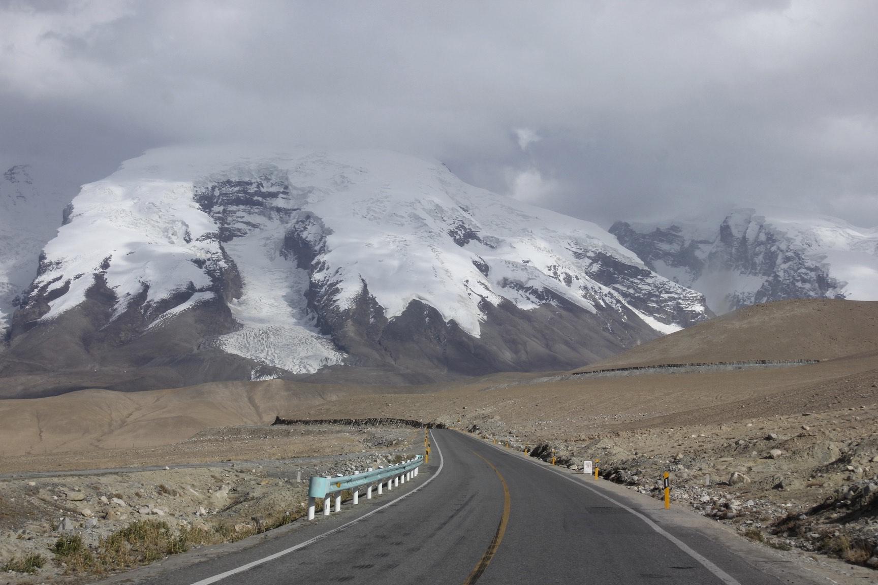 The Pamir Highway and the Muztagh Ata