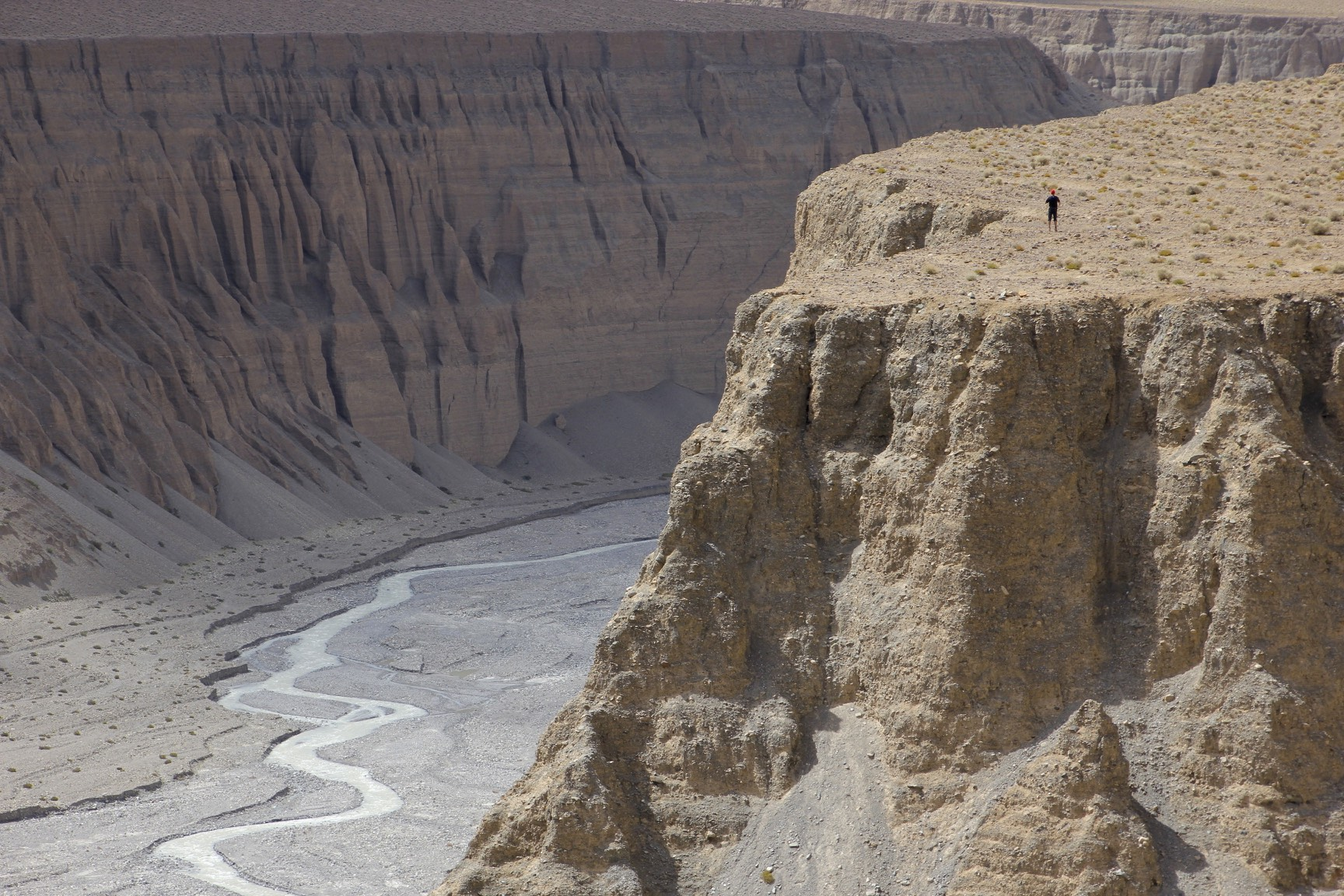 The awesome deep gorges of Northern Karakoram