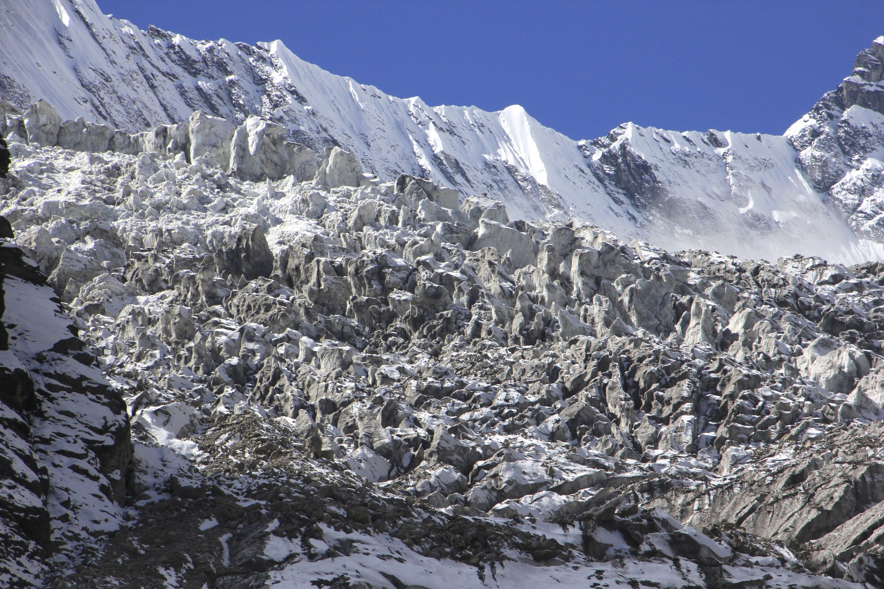 The icefall of Annapurna IV and Himalchuli