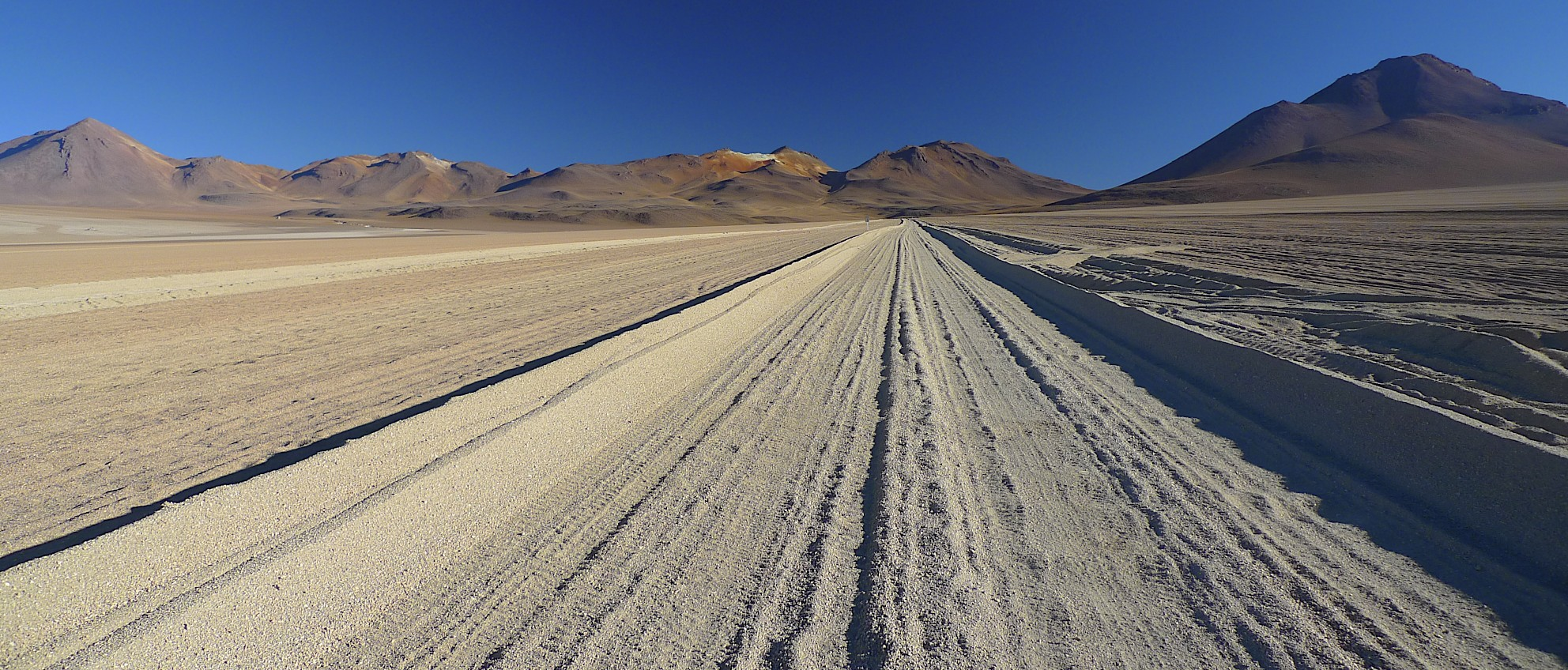 The roads of the high Atacama