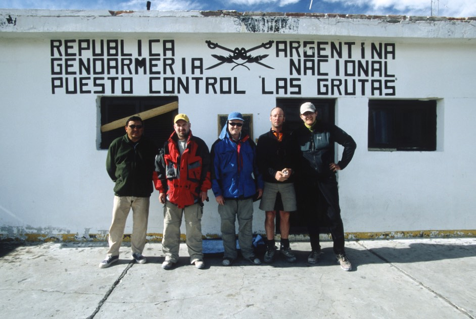 The border post between Argentina and Chile. Since the mountain Incahuasi is on the border, we need to clear the customs. We will be in no man's land.
