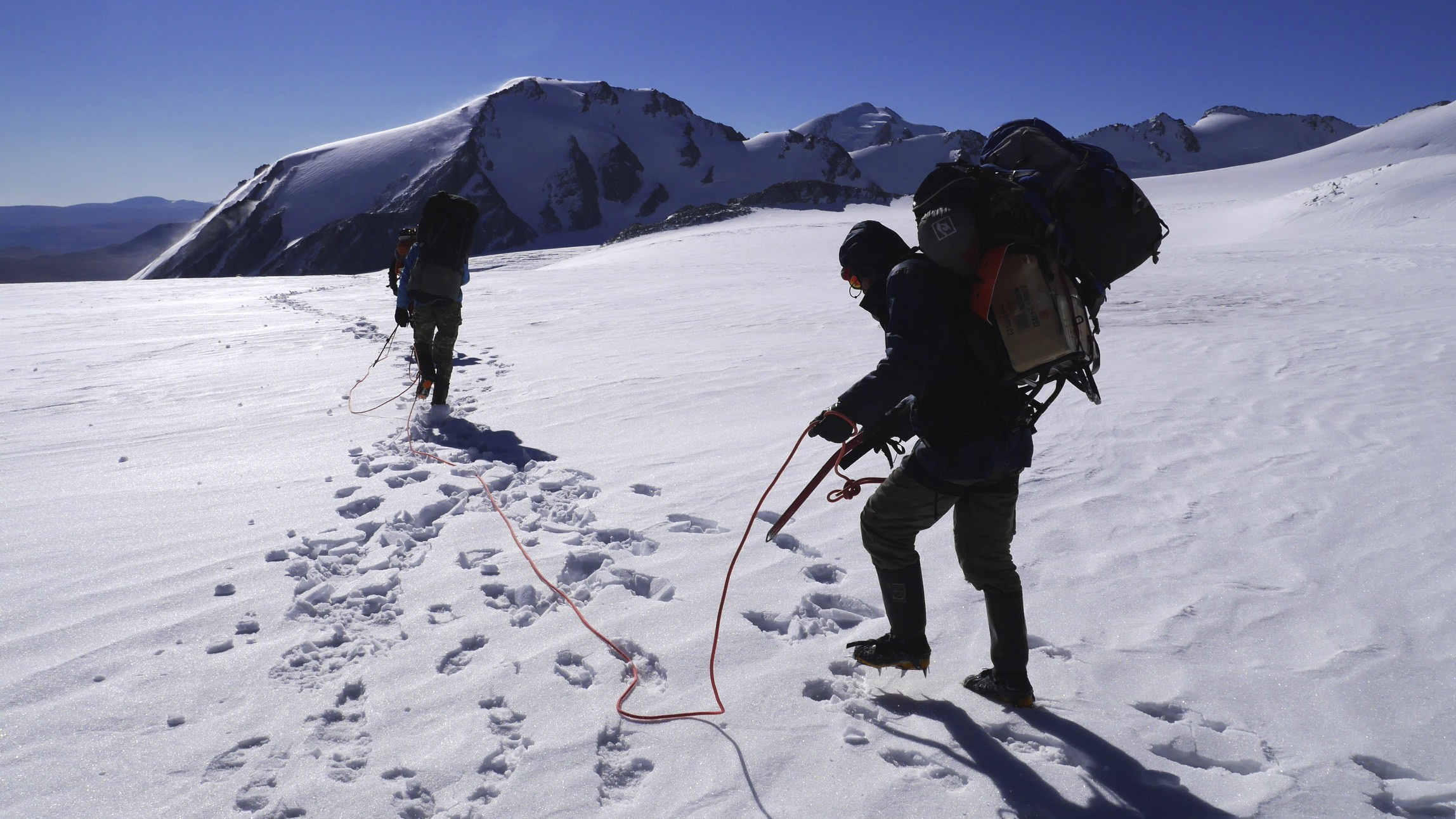 On the Potaniin Glacier.