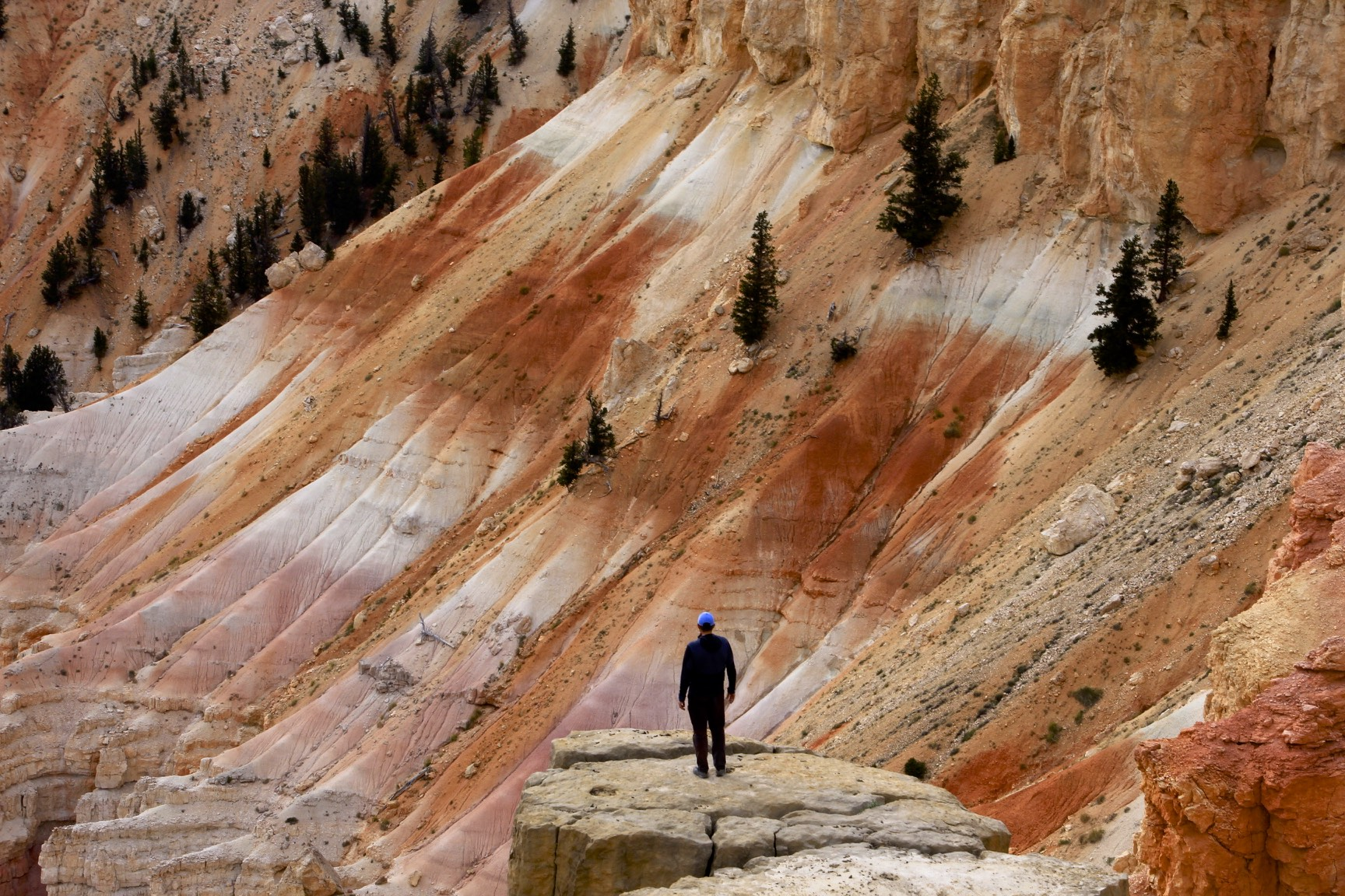 The incredible colours of the Cedar Breaks Canyon