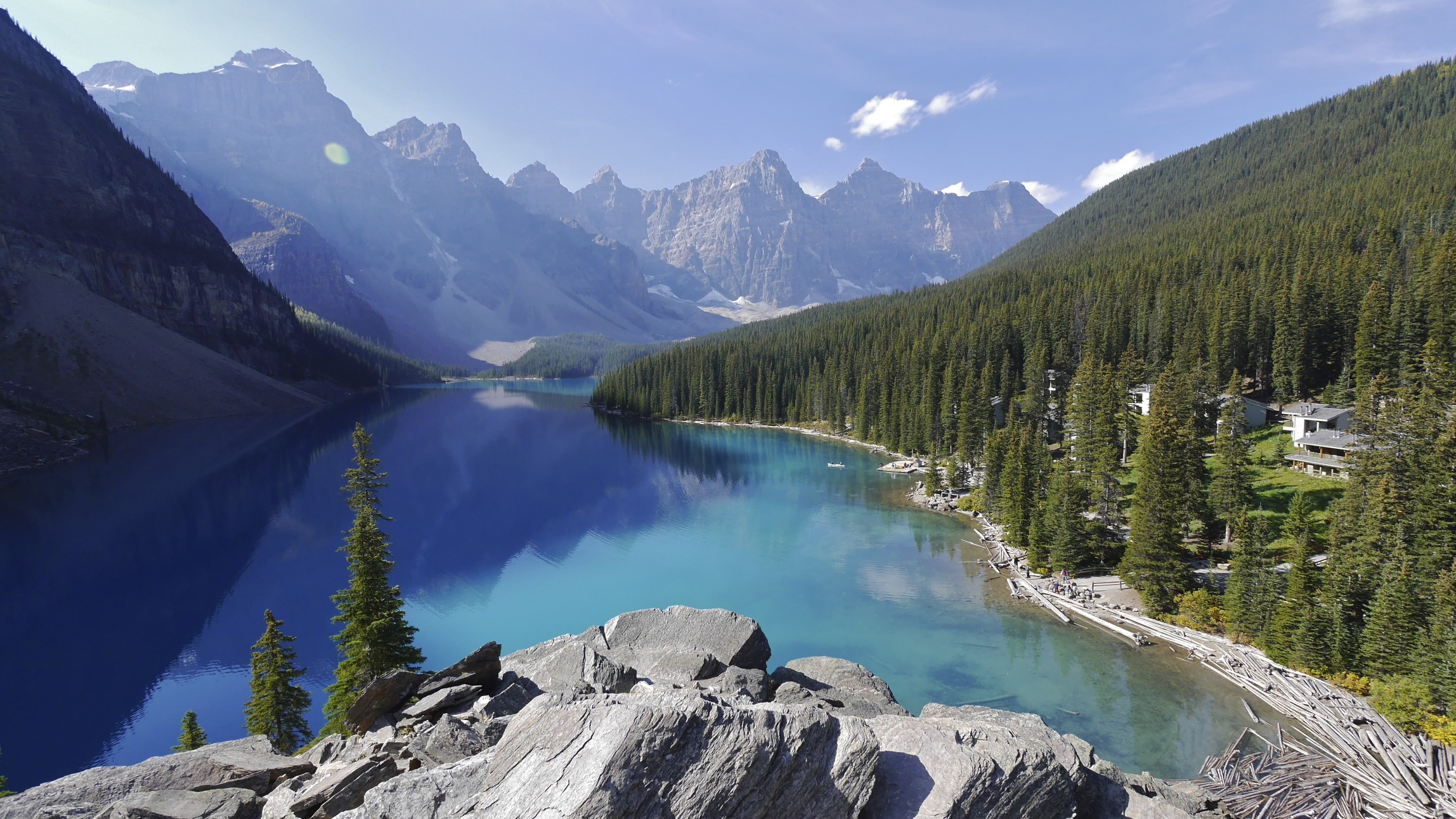 Moraine Lake and Valley of 10 Peaks