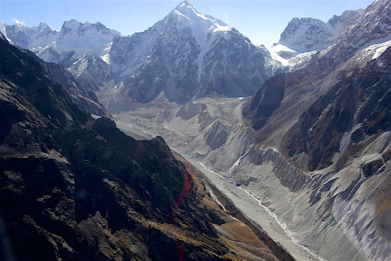 Lanshisa Glacier in the middle and the Tilman Pass in the right upper corner of the photo.