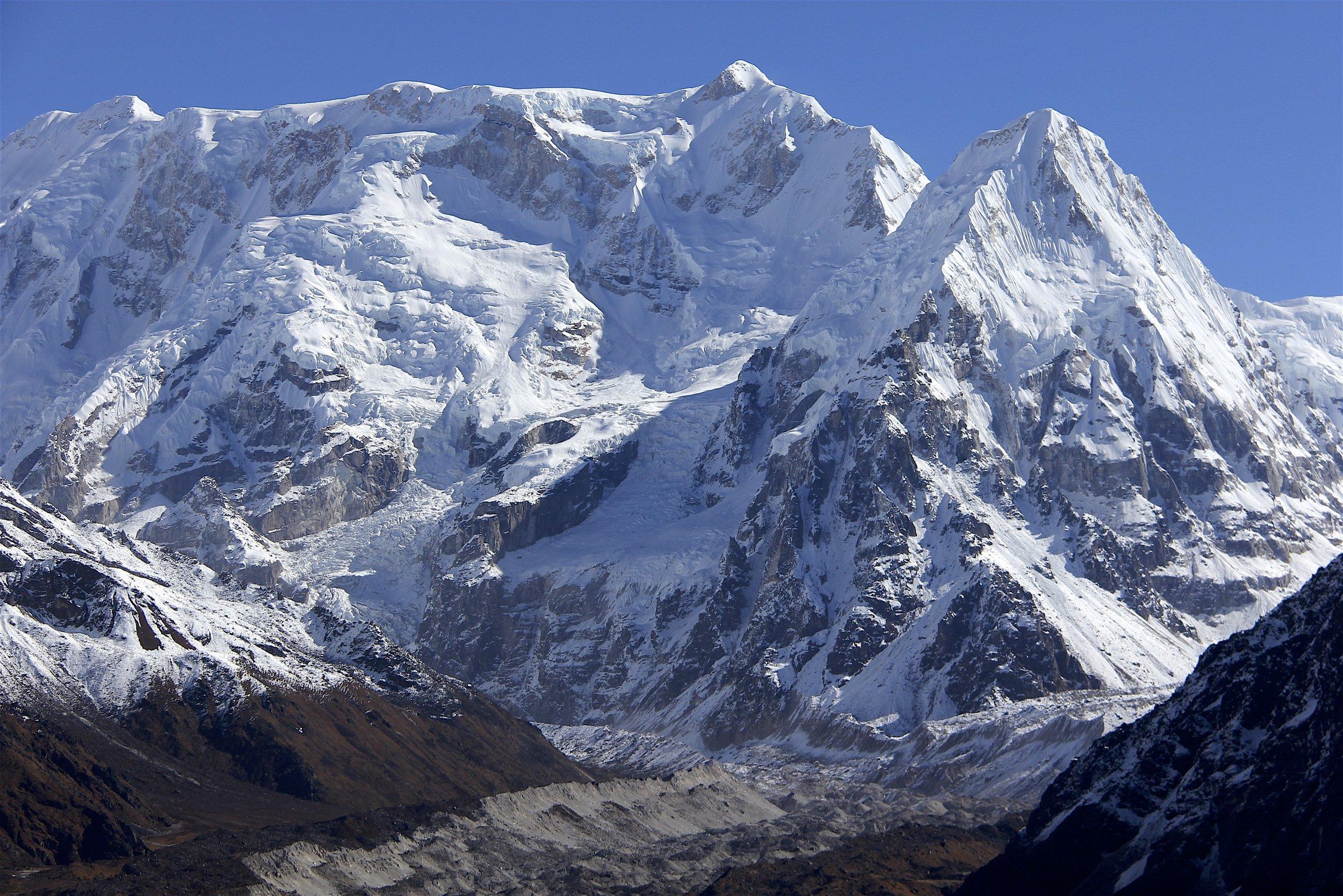 Kabru and Ratong above the Yalung Glacier